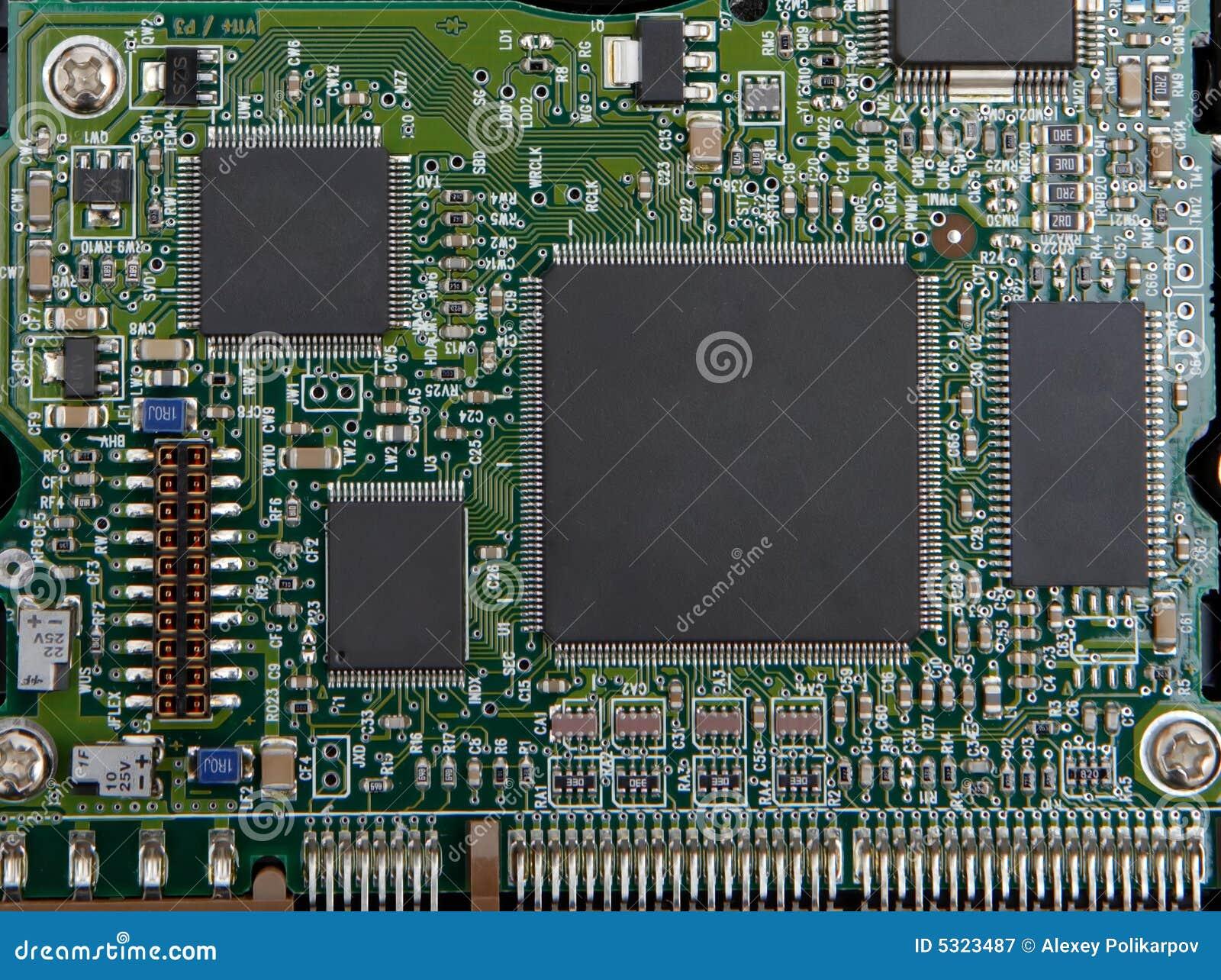 Download Microchip elettronico immagine stock. Immagine di resistore - 5323487