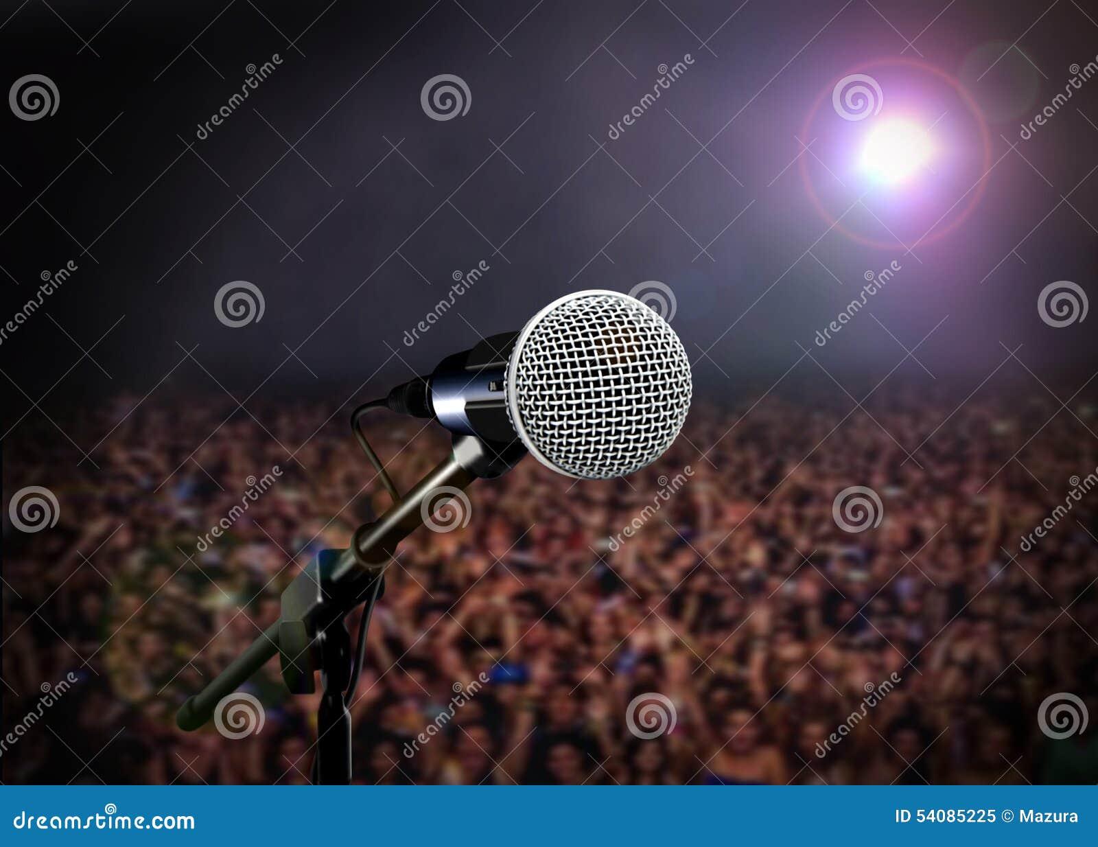Microfoon op stadium in overleg