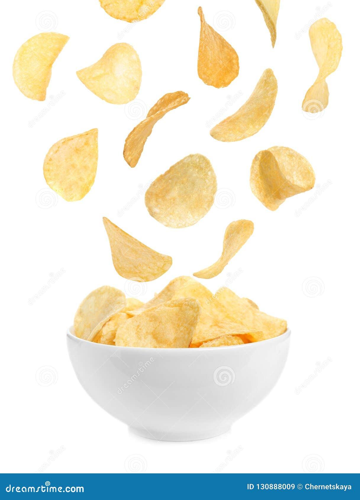 Microplaquetas de batata saborosos que caem no sopro