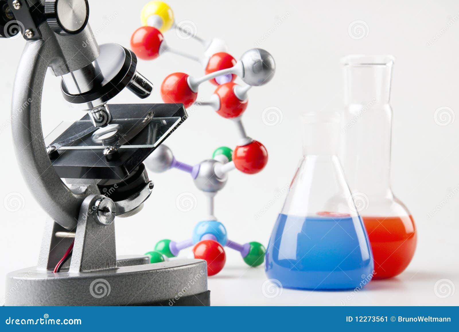 Microscoop, Flesjes en Atomen