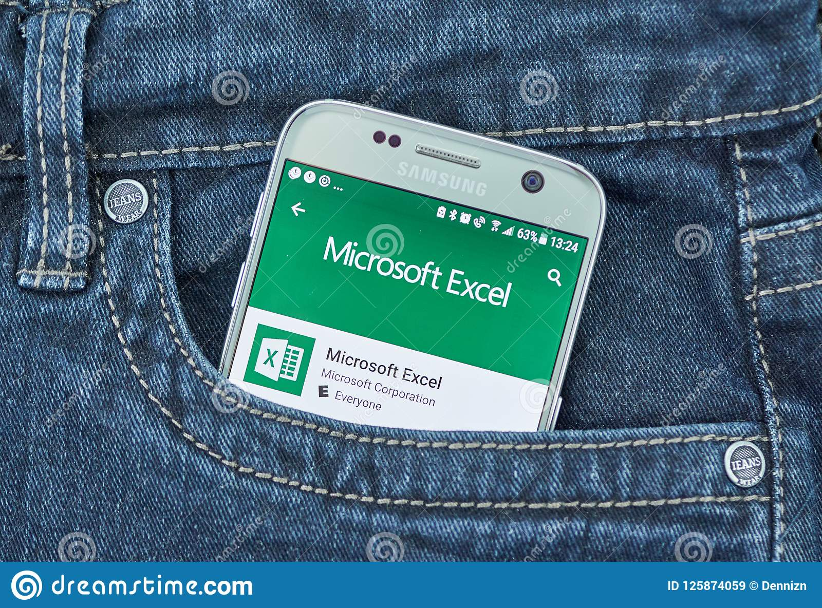 Microsoft Excel Mobile App  Editorial Stock Image - Image of green
