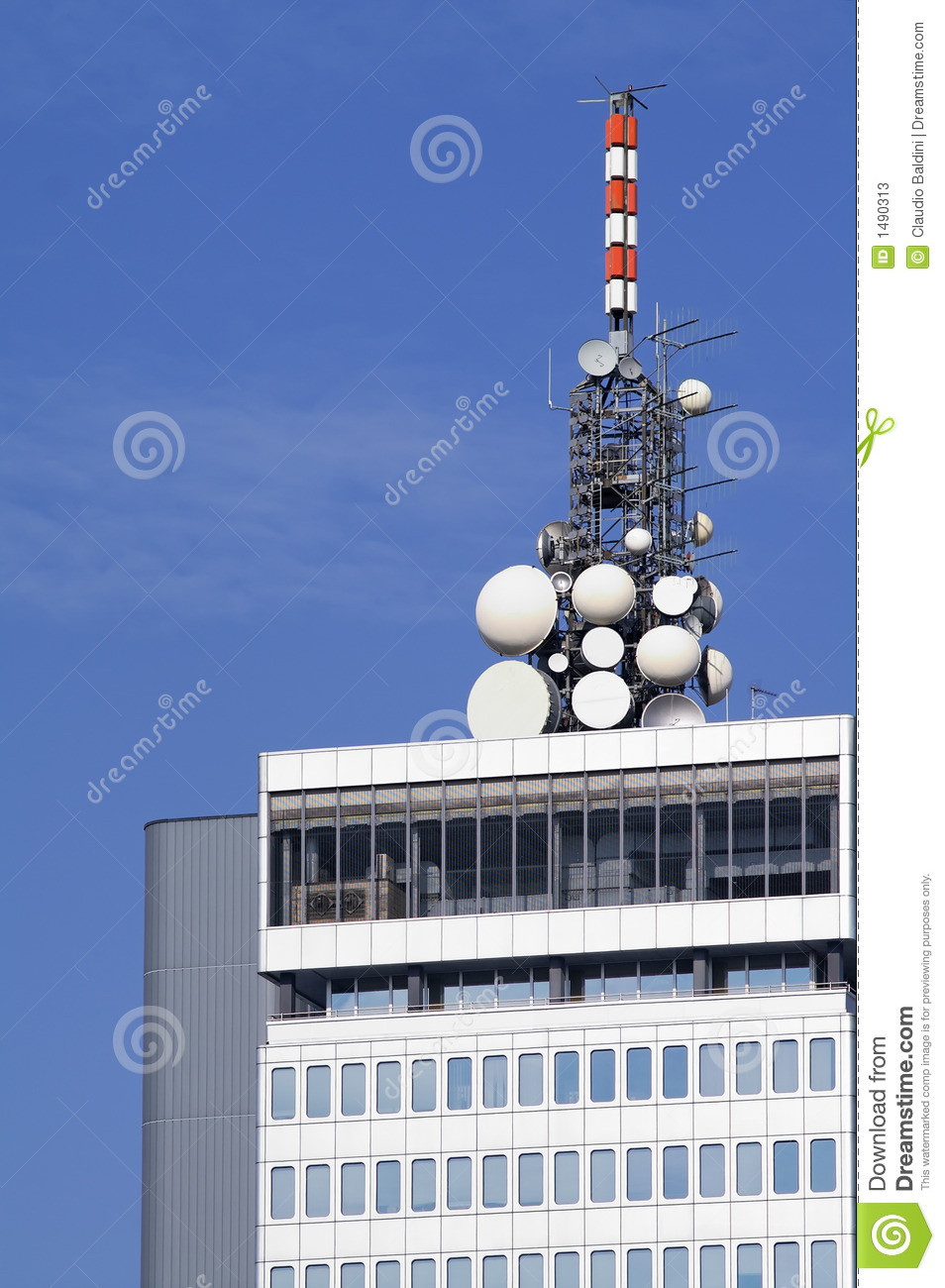 Microwave antennae on building top