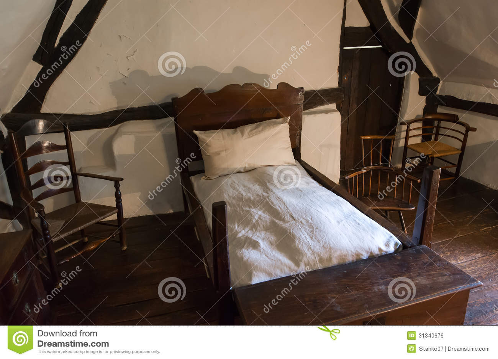 Middeleeuwse Rustieke Slaapkamer Royalty vrije Stock Afbeelding   Beeld  31340676