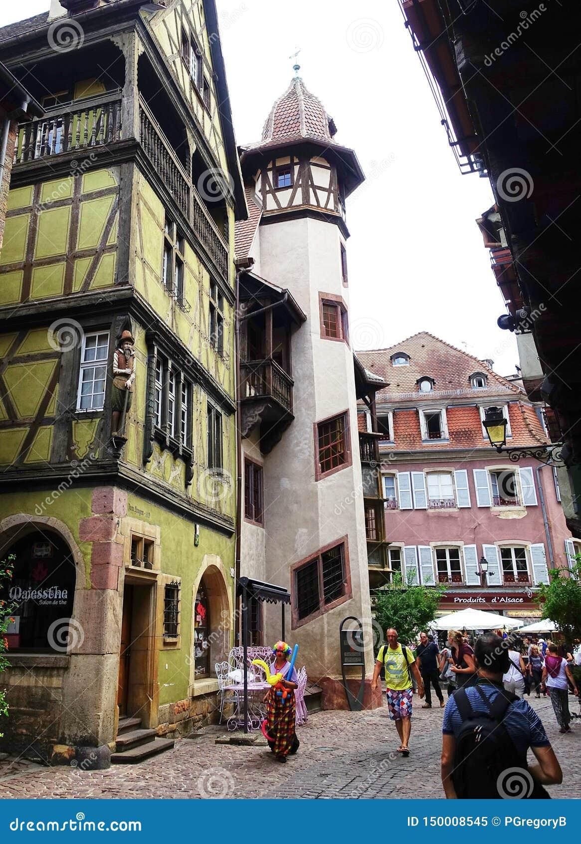 Middeleeuwse Straatscène - Colmar, de Elzas, Frankrijk