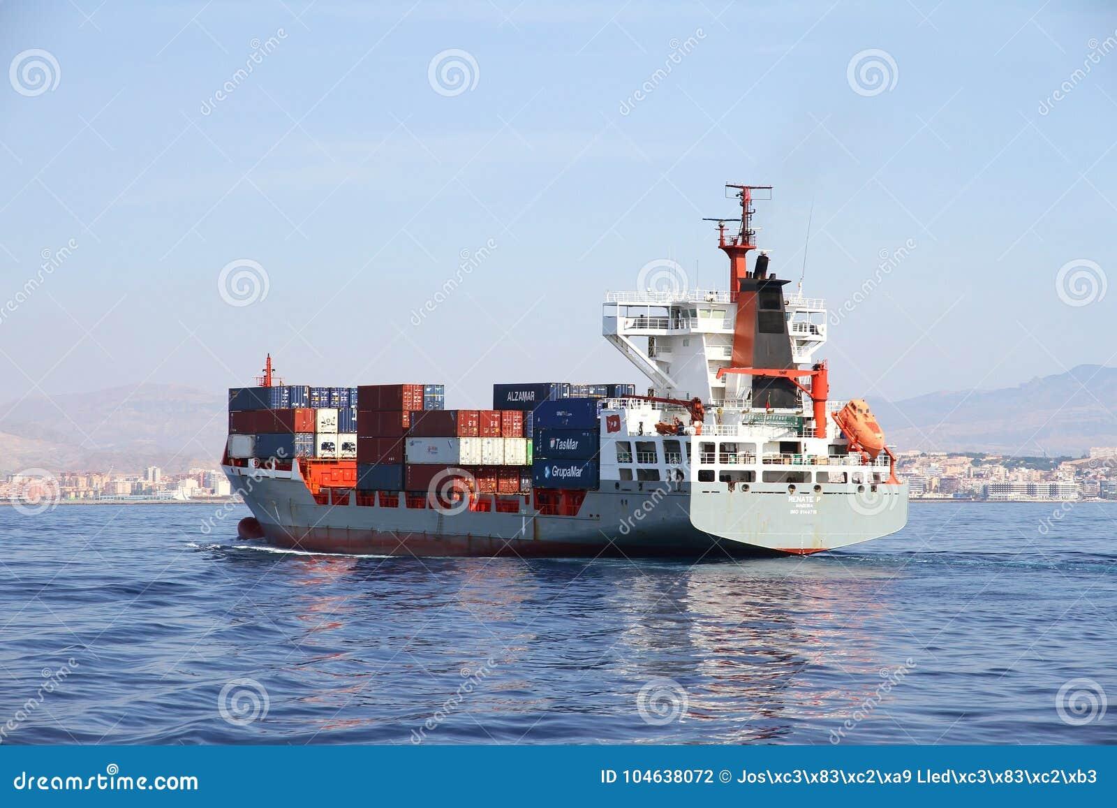 Download Middelgrote Containership Renate Die P Na De Haven Van Verlofalicante Varen Redactionele Fotografie - Afbeelding bestaande uit lading, import: 104638072
