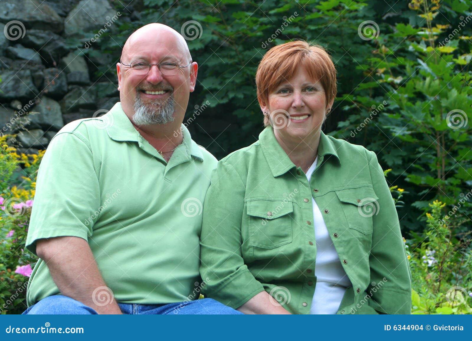 Midden oud paar
