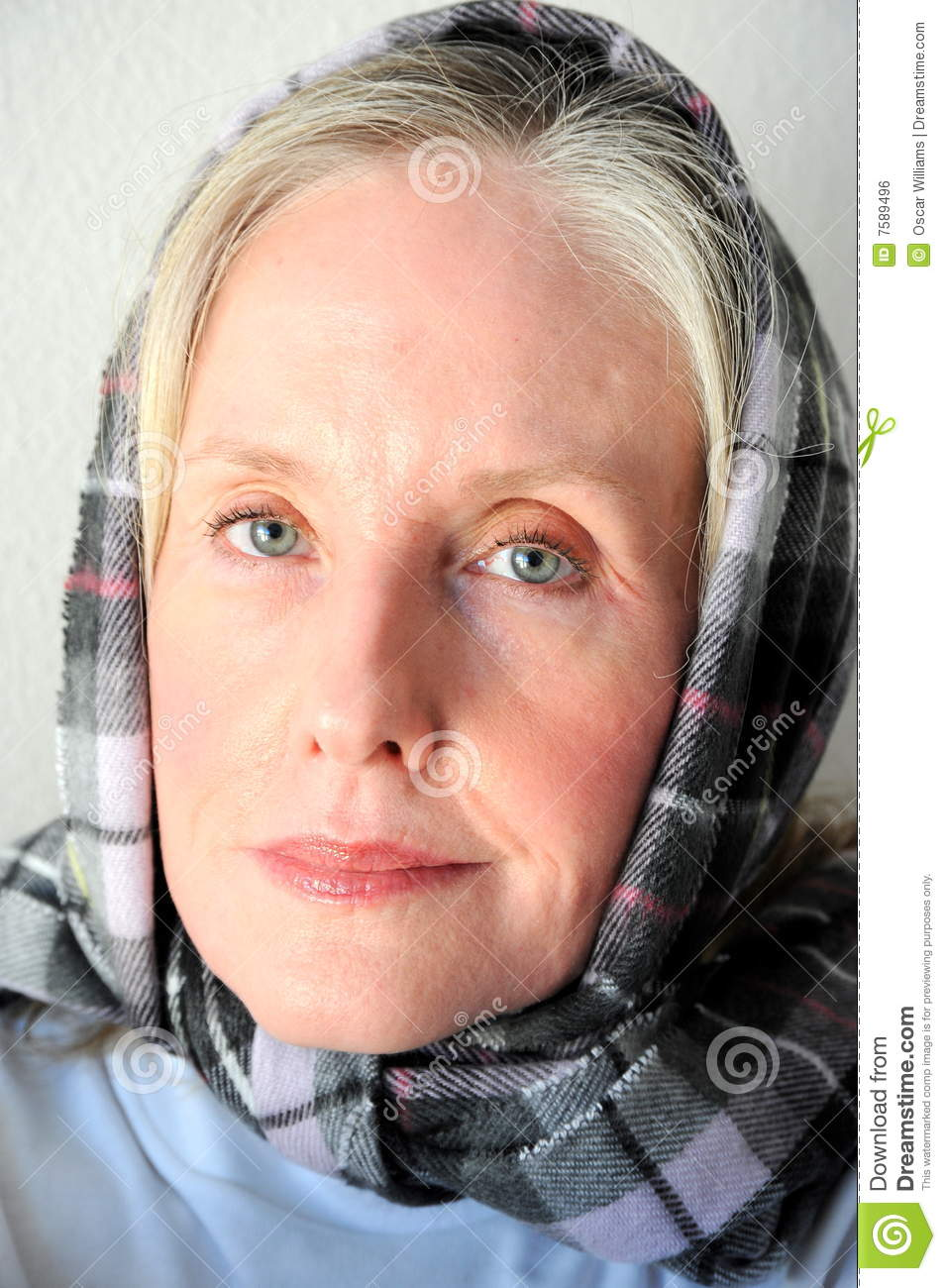 dinero middle eastern single women Beautiful middle eastern women  sabeti headed a group which used advanced genomic sequencing technology to identify a single point of infection from an animal .