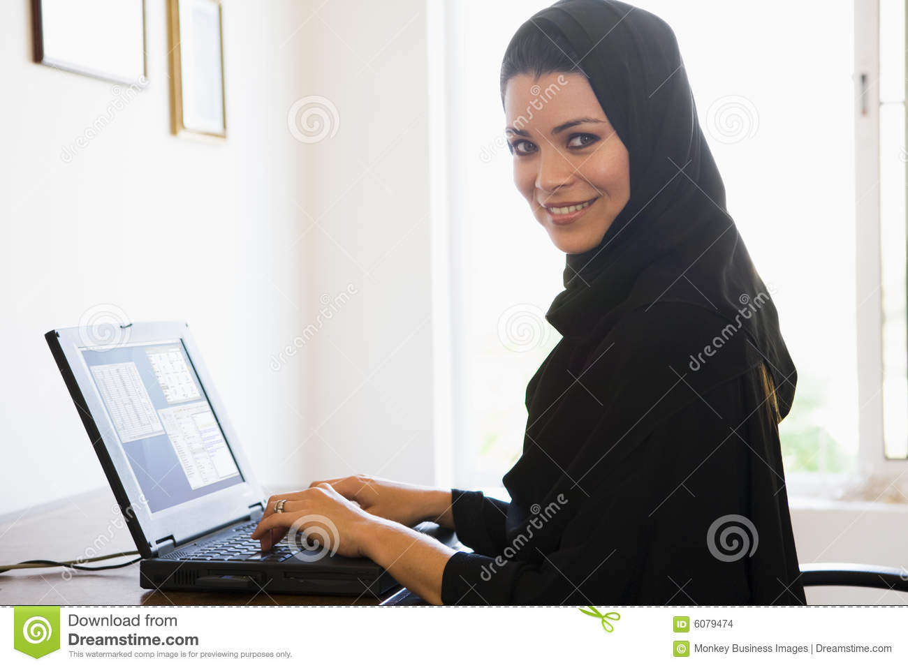 guy middle eastern single women Single arab women matches: more photos kari-iwdwc  middle eastern  arab women single in stockton religion: atheist.