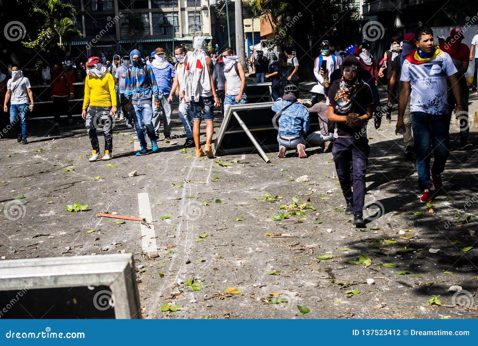 23-01-2019 Venezuelan Protestants take to the streets to express their discontent at the illegitimate takeover of Nicolas Maduro