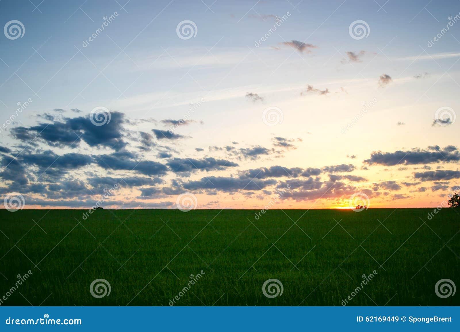 Midwest ηλιοβασίλεμα ανοίξεων