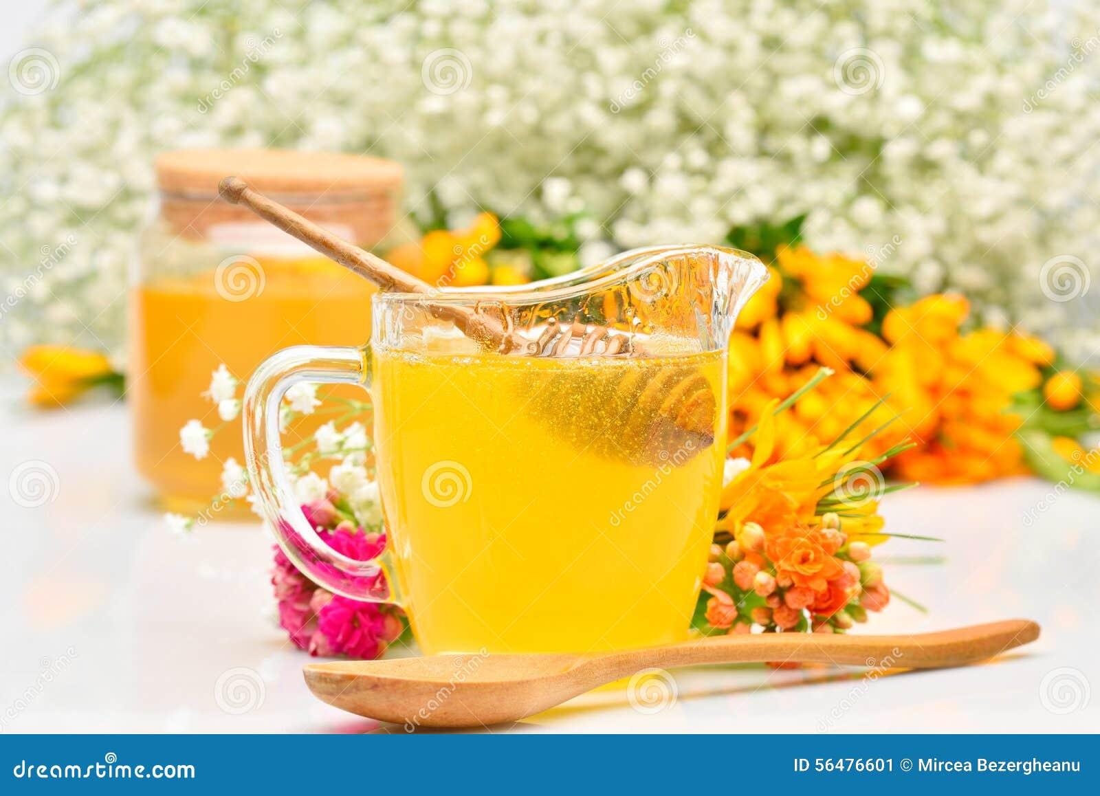Miel d or et fleurs colorées