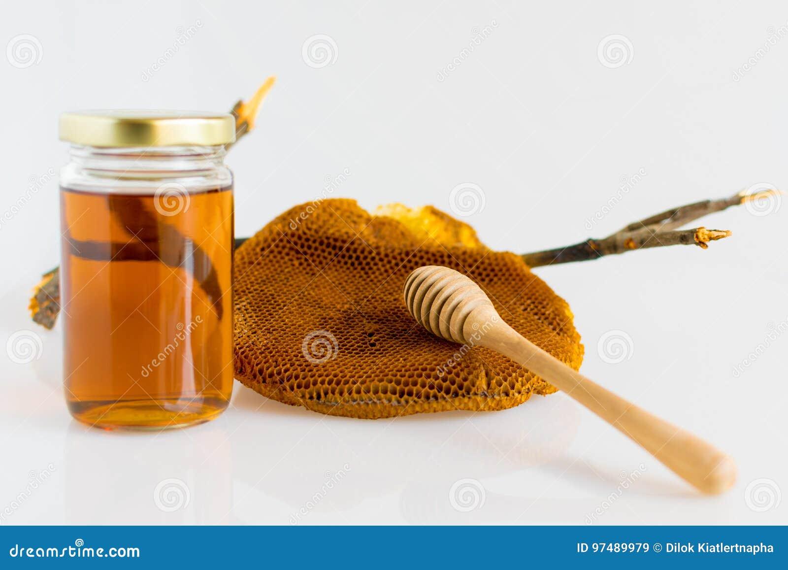 Miele con il favo