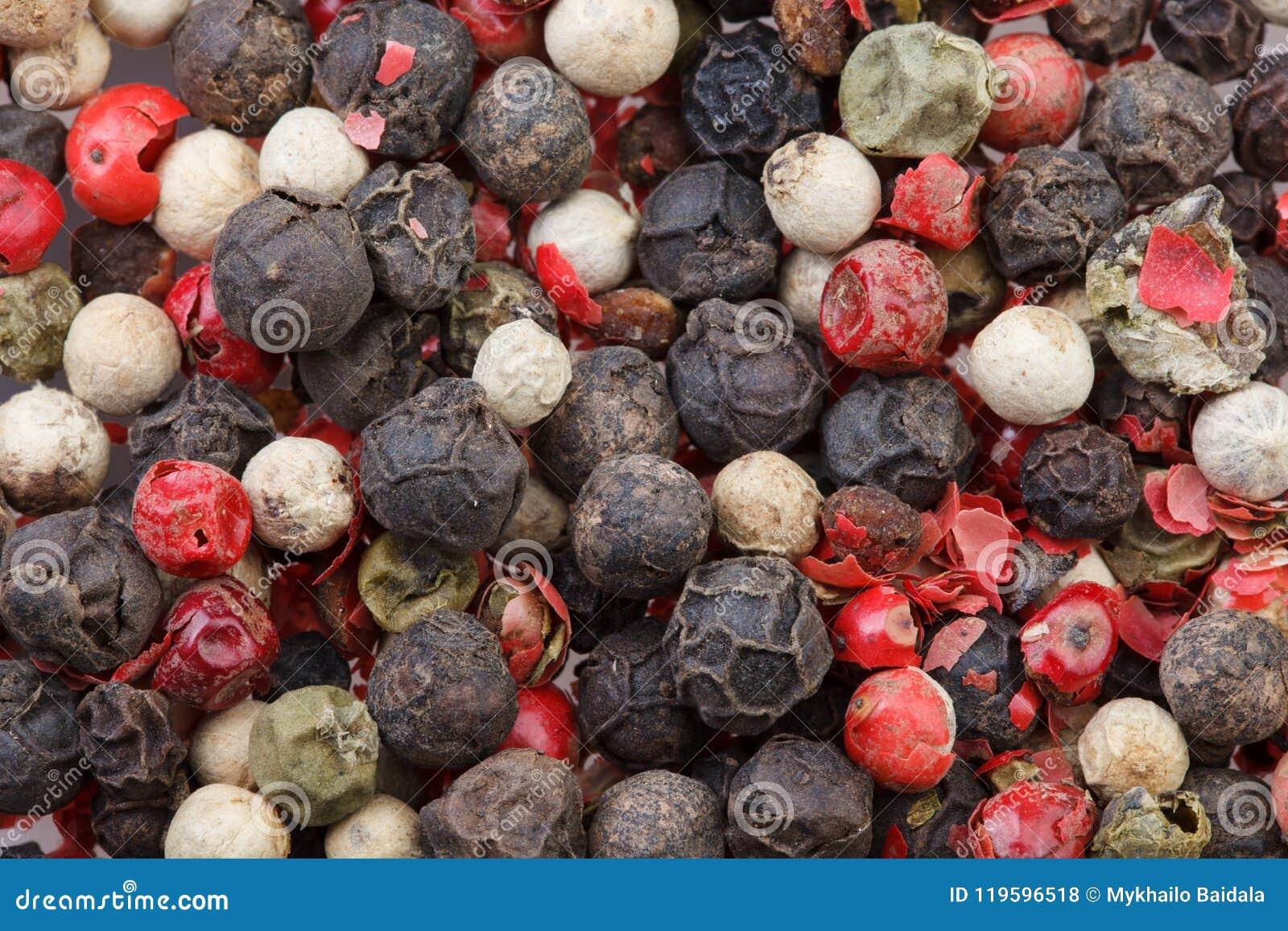 Mieszanka barwioni pieprze Rewolucjonistki, czerni, zieleni i białego pieprz, pikantność
