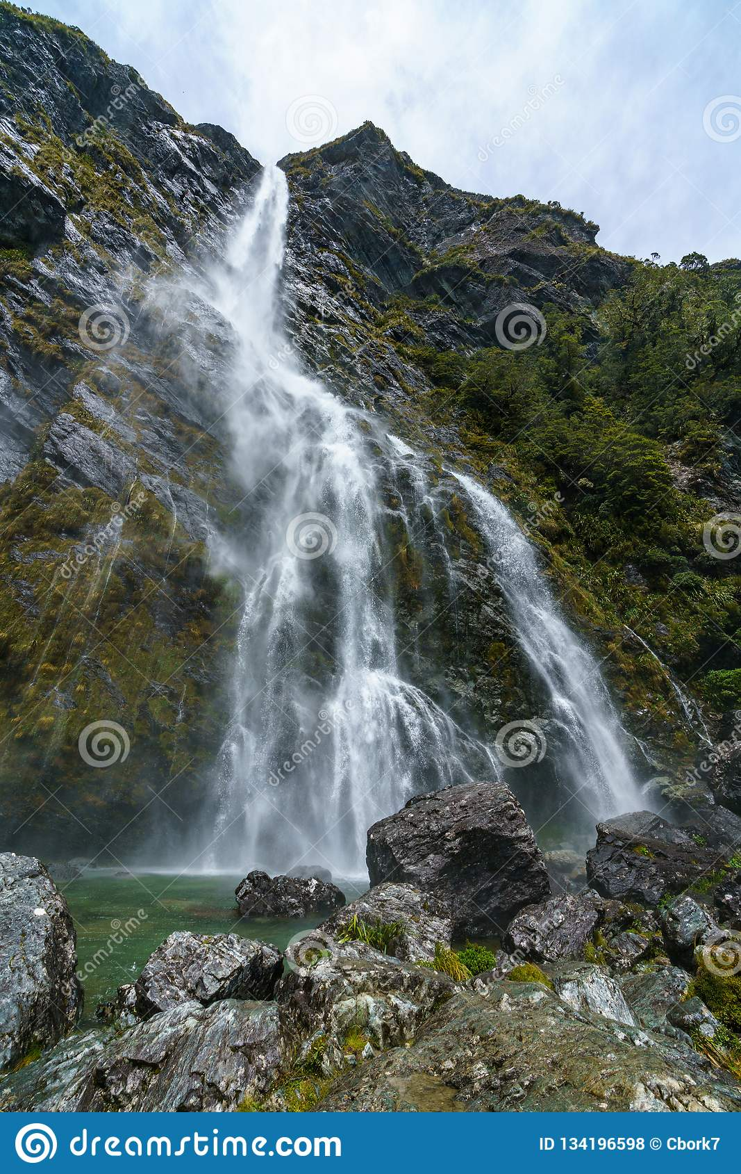 Mighty waterfalls, earland falls, southland, new zealand 10