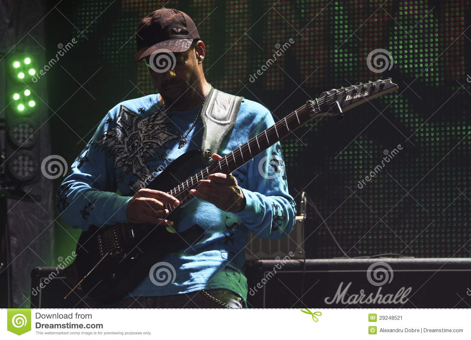 Download Mike Portnoy, Billy Sheehan, Tony MacAlpine E Derek Sherinian No Concerto Foto Editorial - Imagem de conduzir, cilindros: 29248521