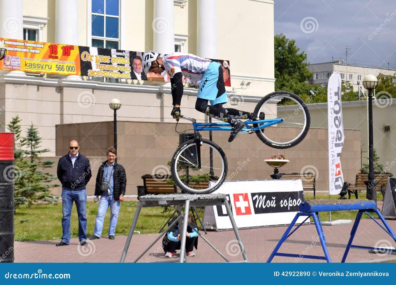 Mikhail Sukhanov kapacitet, mästare av Ryssland på en cirkulering tr