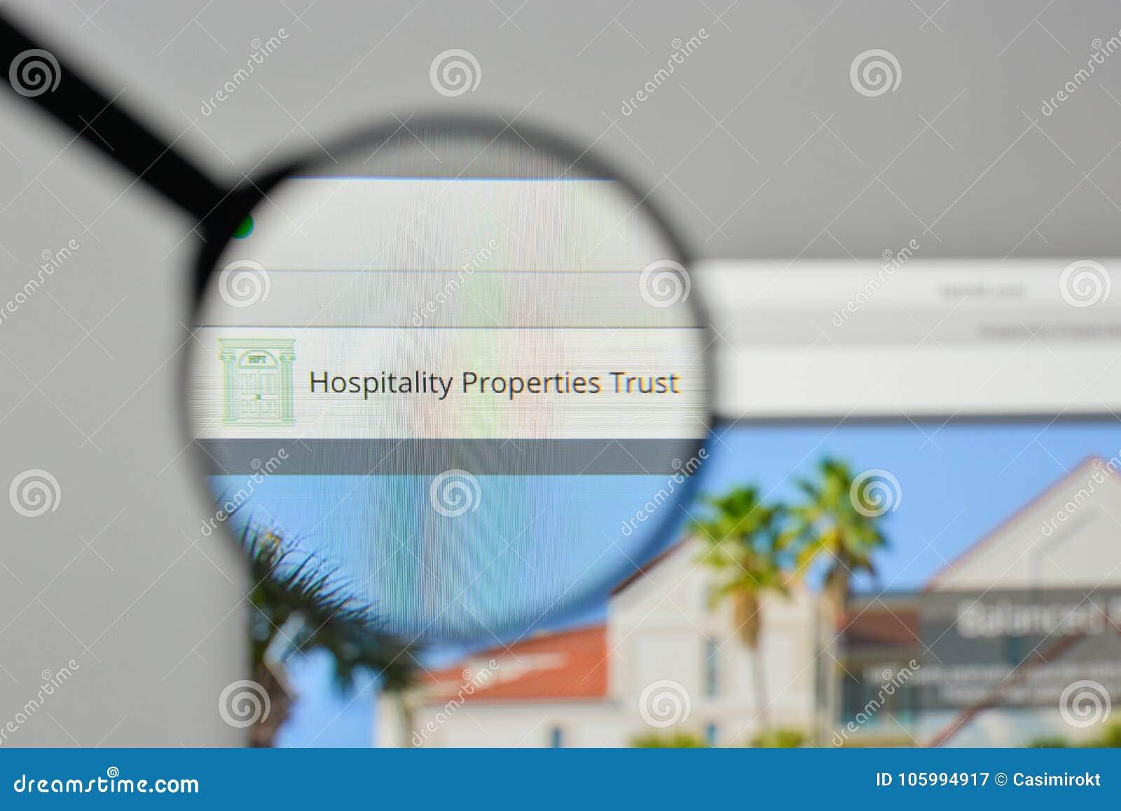 Milán, Italia - 1 de noviembre de 2017: Lo de la confianza de propiedades de la hospitalidad