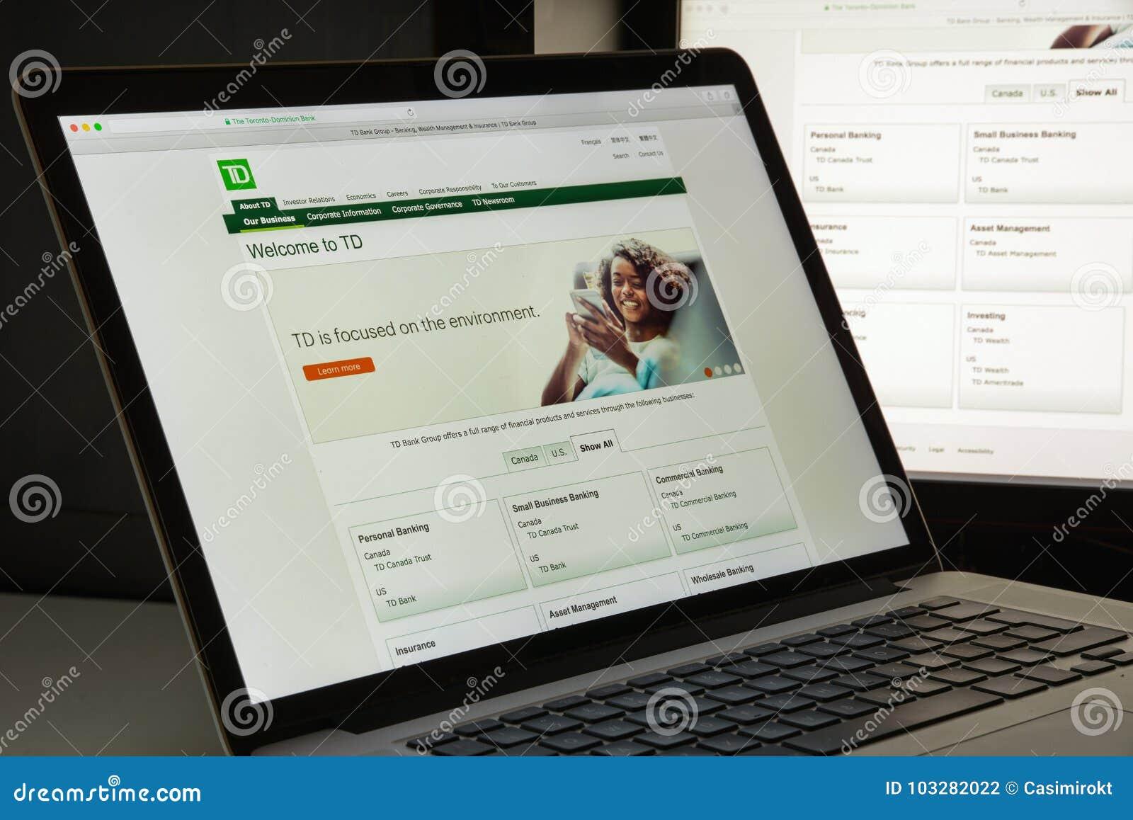 Milão, Itália - 10 de agosto de 2017: Web site do banco da autoridade de Toronto ho