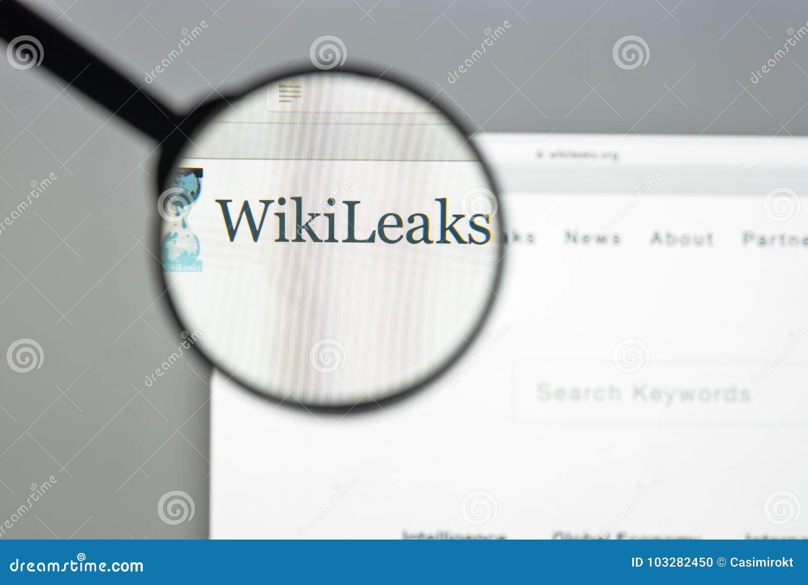 Milaan, Italië - Augustus 10, 2017: De homepage van de Wikileakswebsite Het I