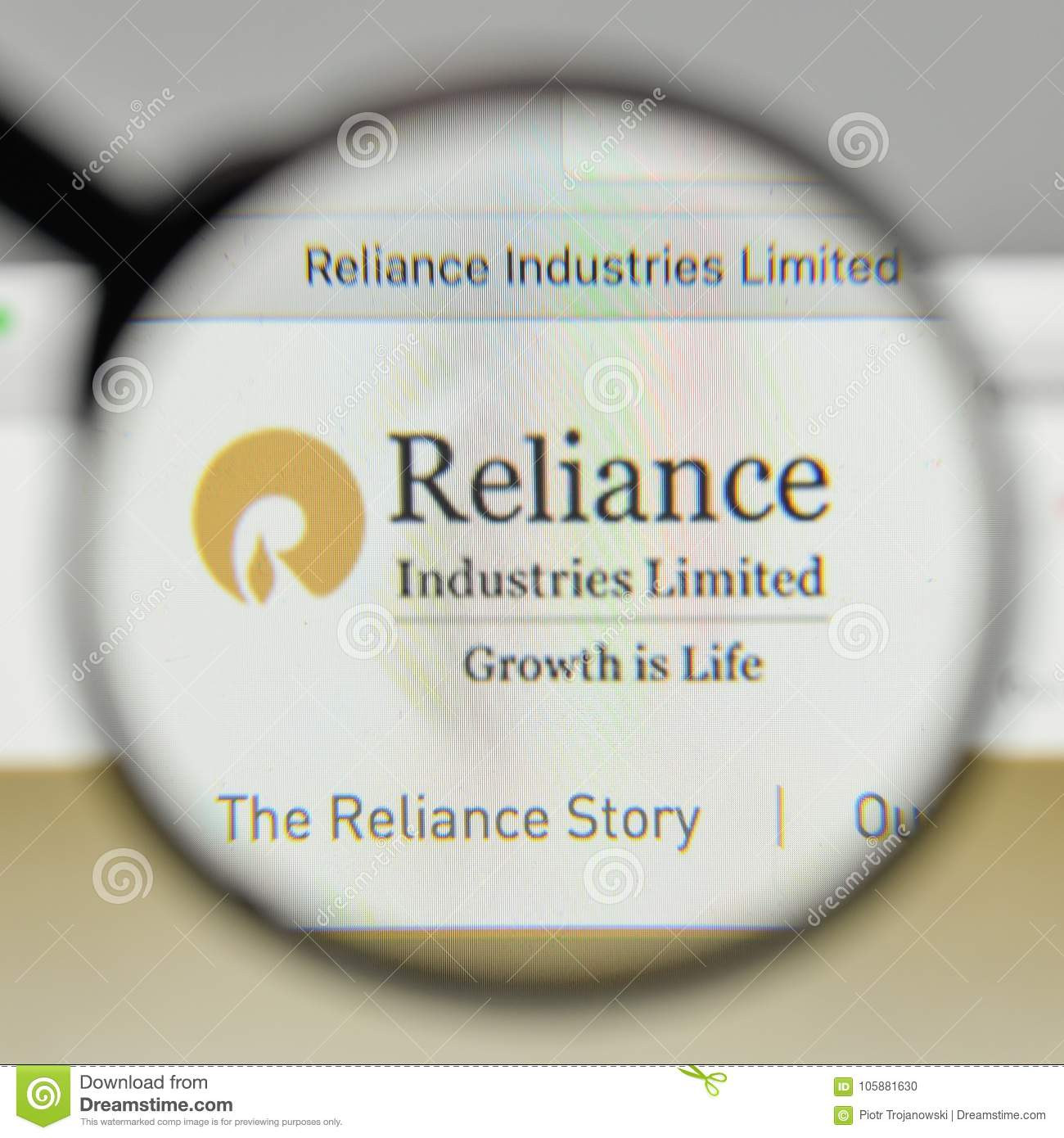 Milaan, Italië - November 1, 2017: Reliance Industries-embleem op