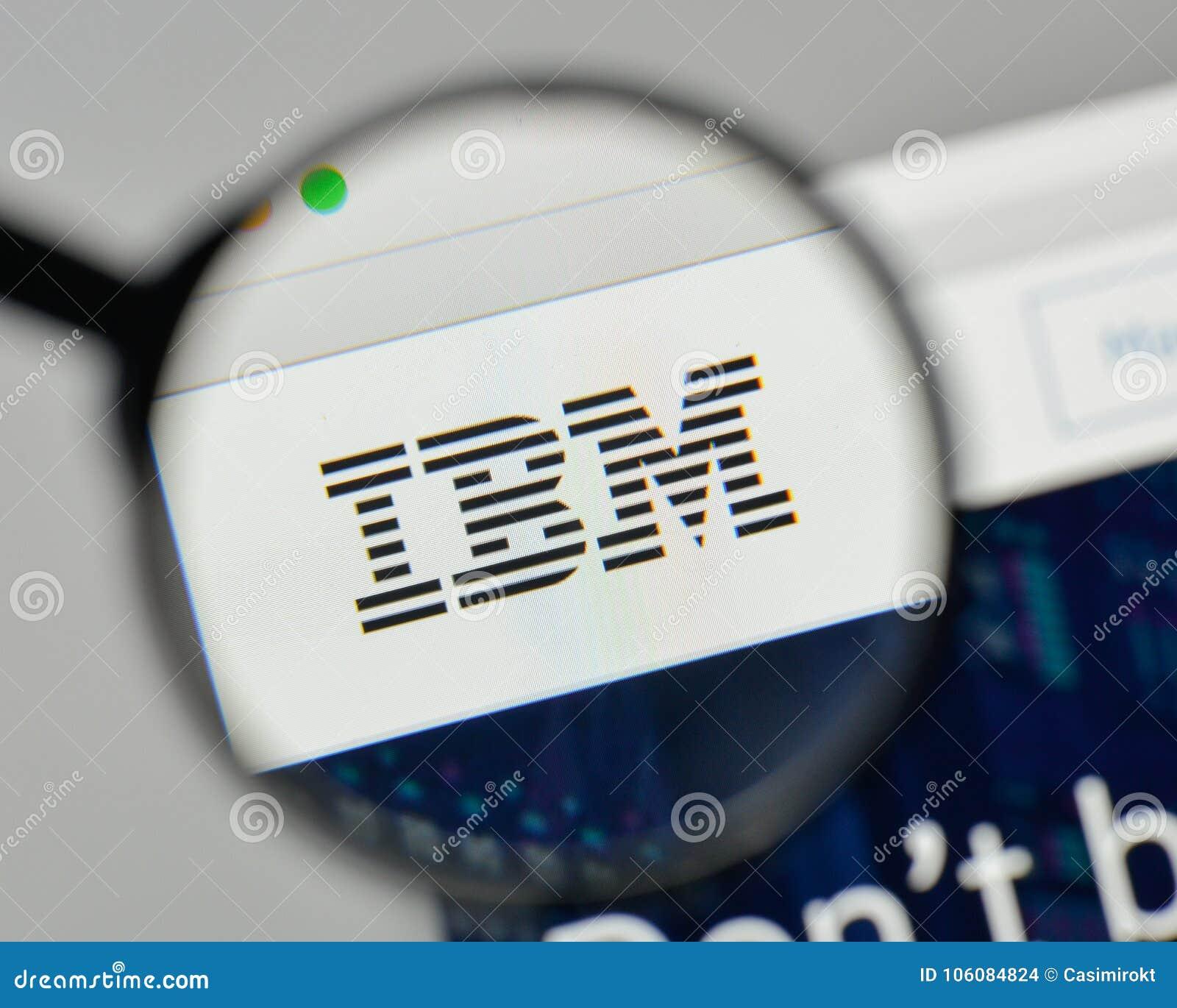 Milan Italien - November 1, 2017: IBM logo på websitehomepagen