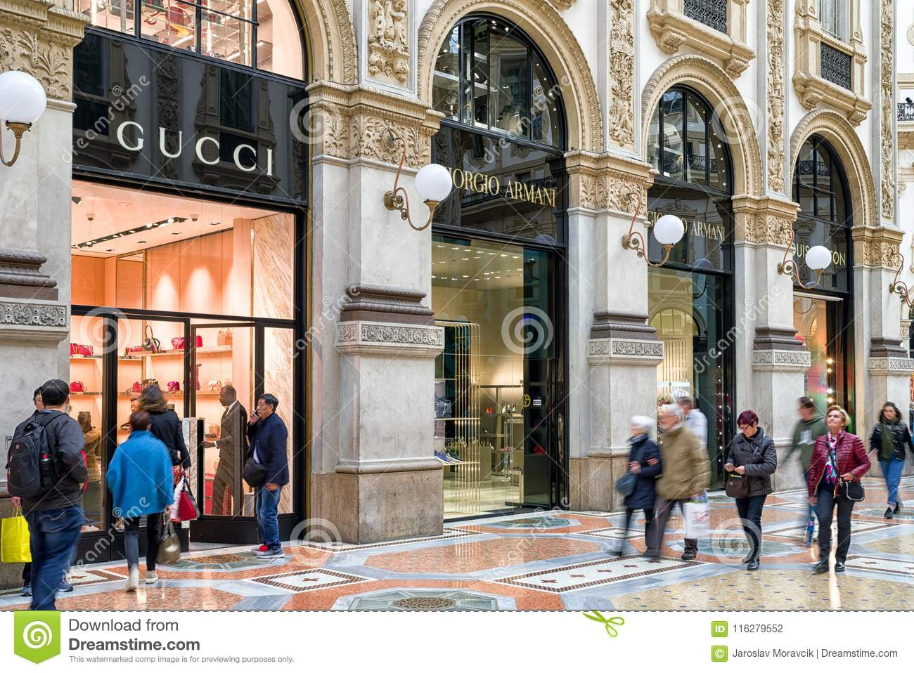 Shopping in Milan, Italy editorial photography. Image of city - 116279552
