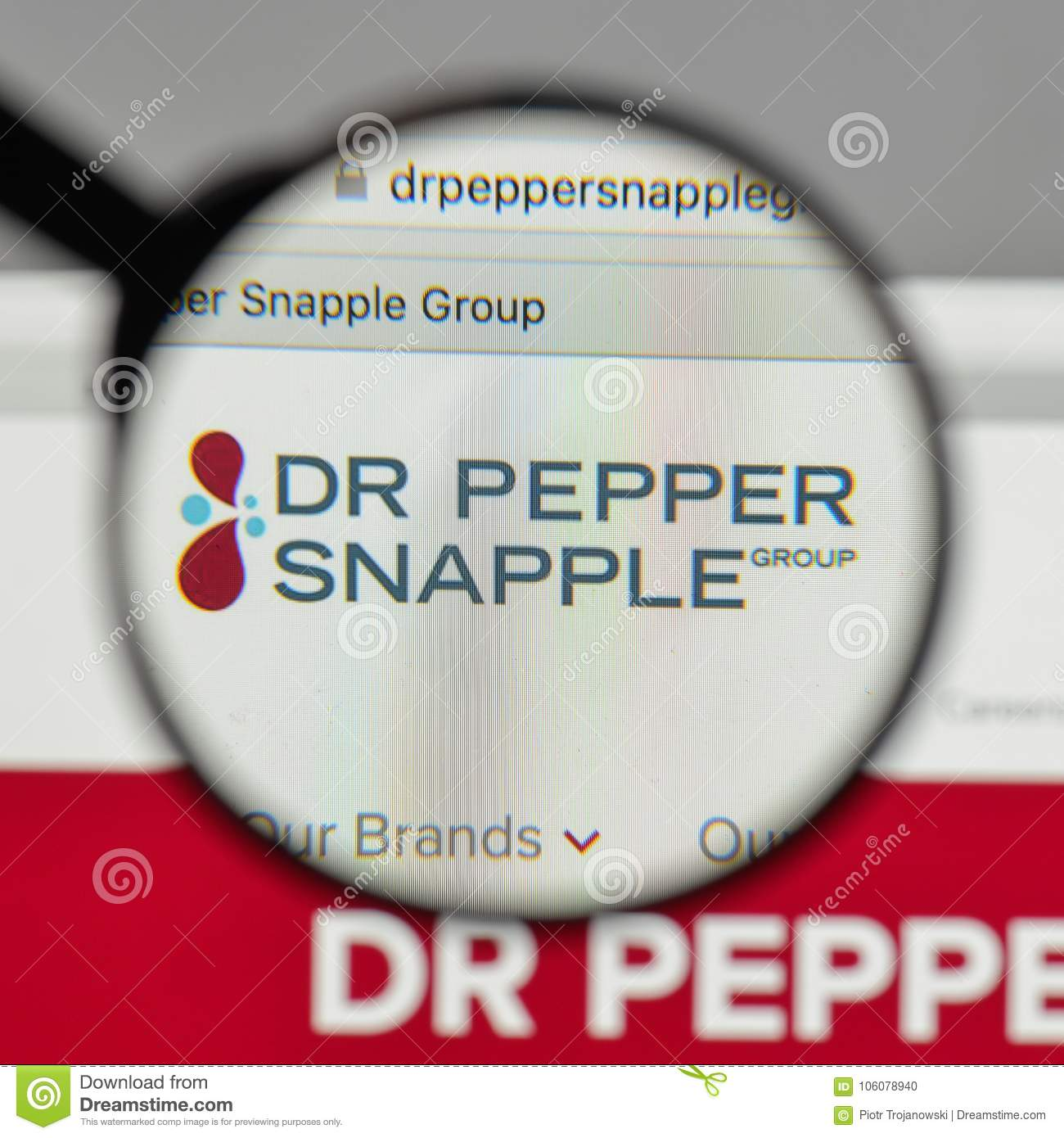 Milan Italy August 10 2017 Dr Pepper Snapple Group Logo On