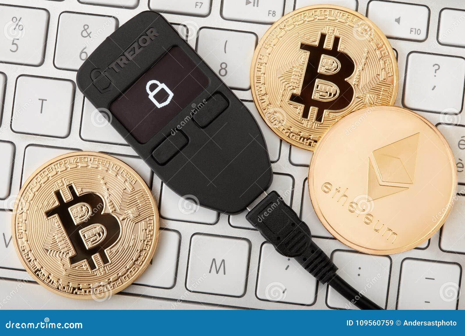 Trezor Bitcoin /& Crypto Wallet Black