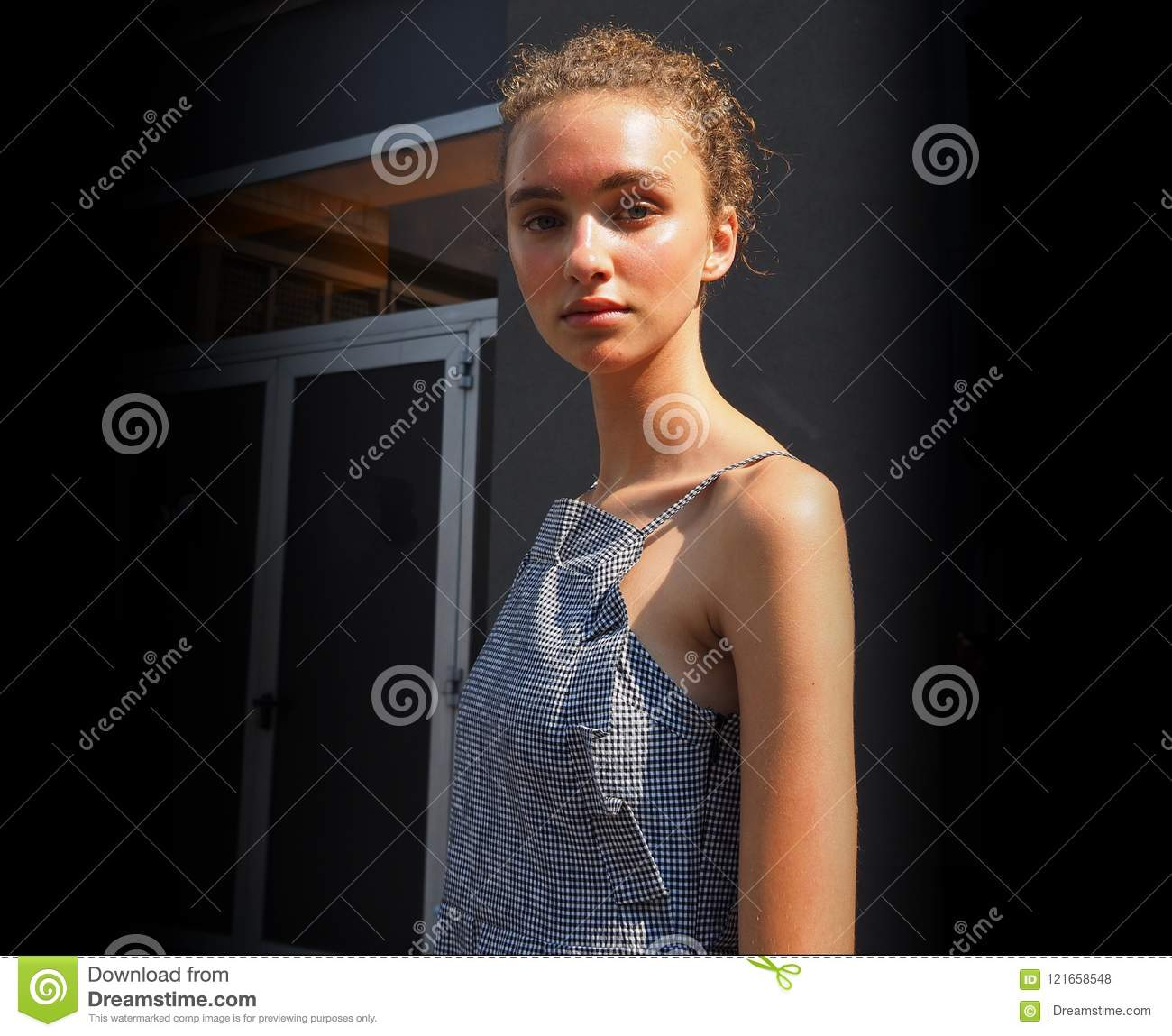Milan Italy June 18 2018 Young Model Posing For Photographers In