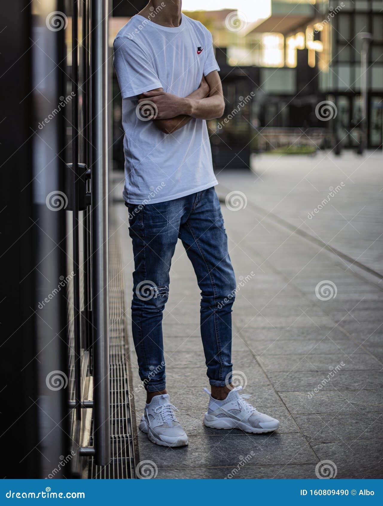 Nike Huarache editorial image. Image of isolated, fashion - 160809490