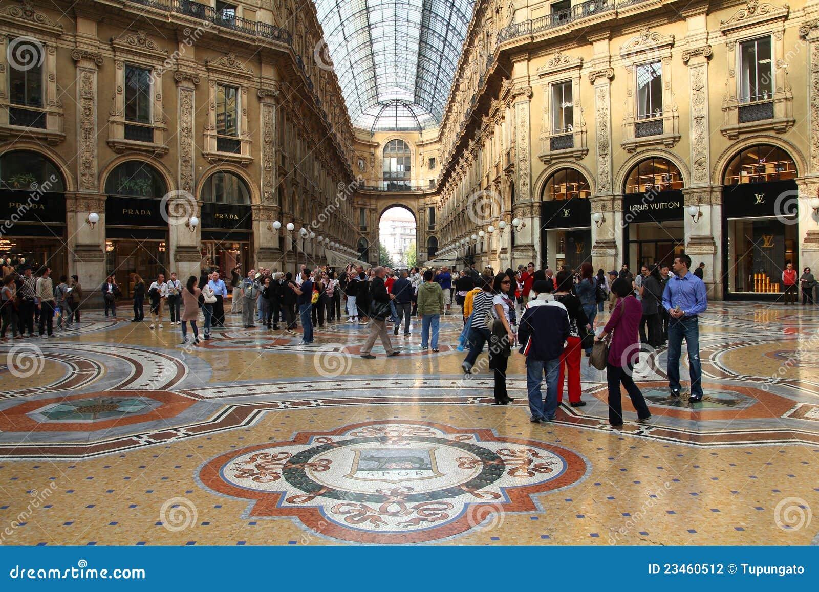 Italian luxury online shopping
