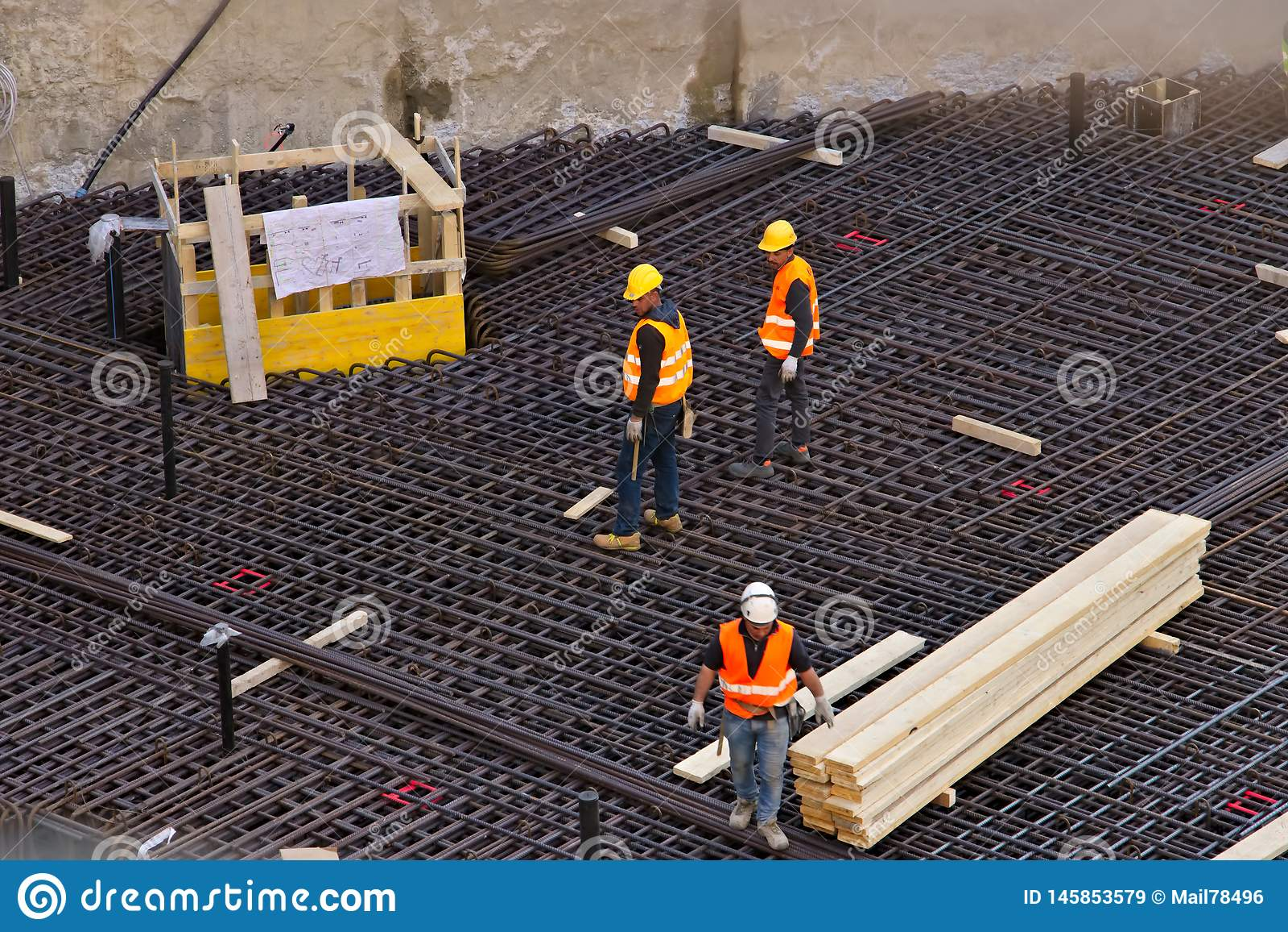 Milan 21 mars 2019 Chantier de construction pour la nouvelle construction dans la r?gion de district des affaires