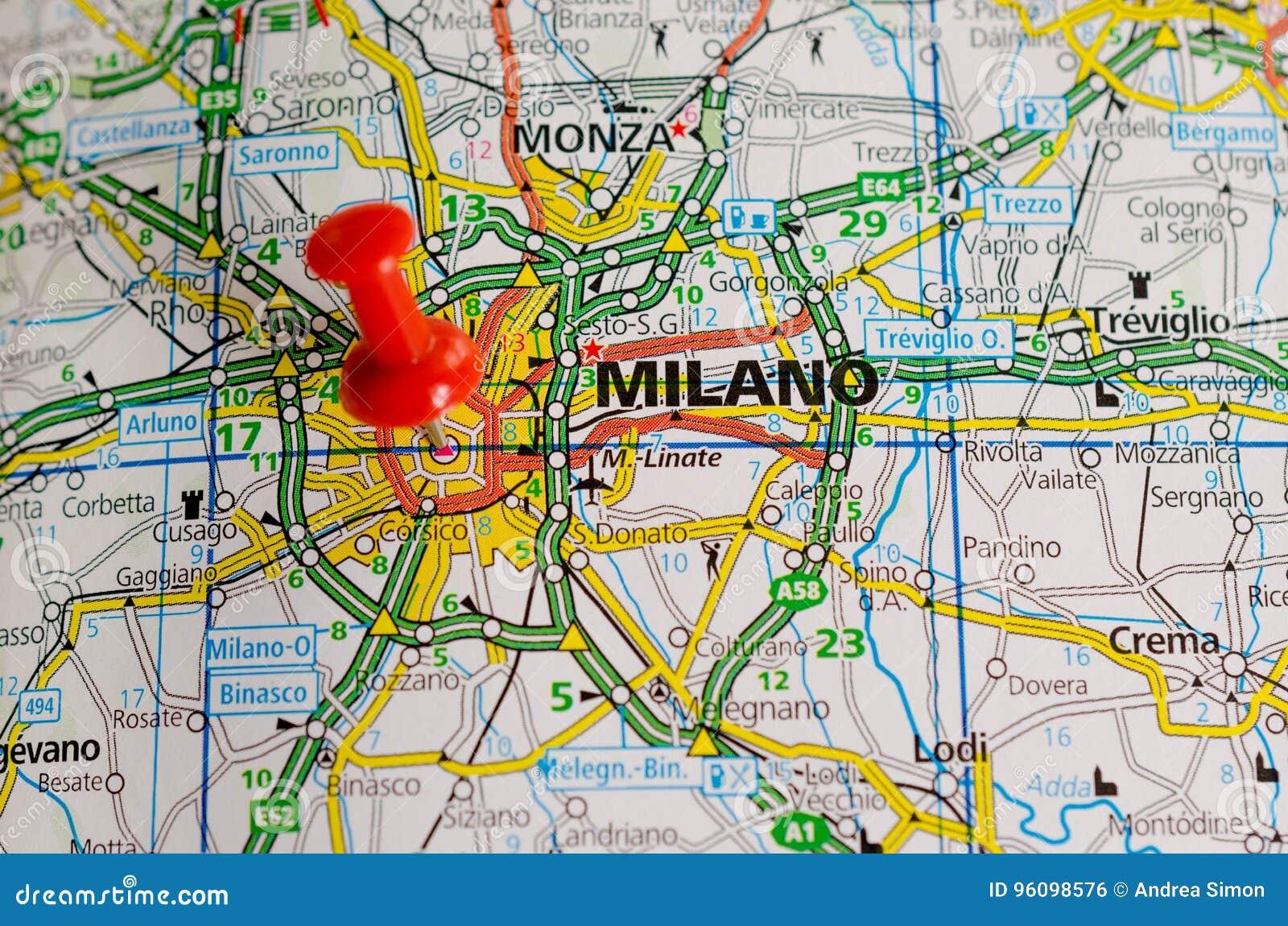 Milan sur la carte photo stock. Image du carte, milan - 96098576