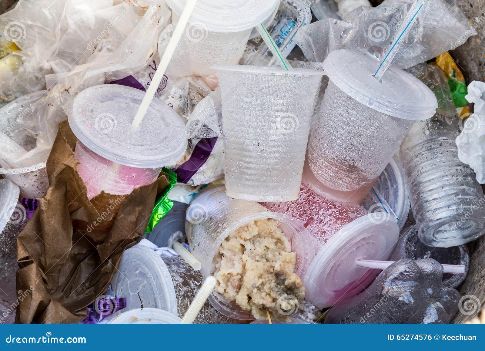 Milieu vijandige niet biologisch afbreekbare pvc-containers en st