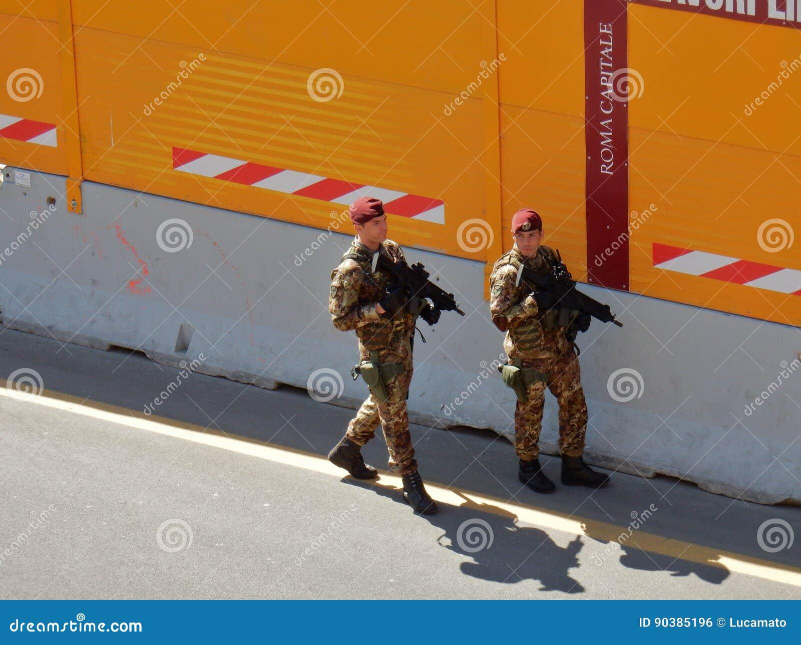 Militär på Colosseumen