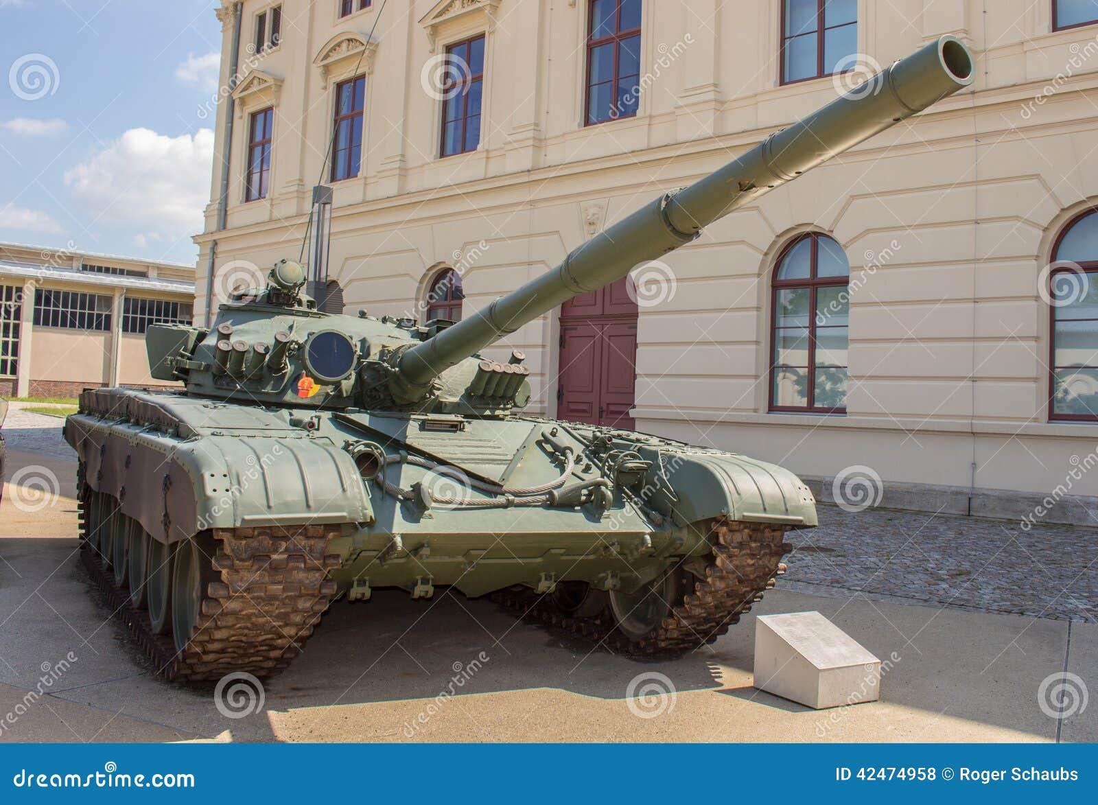 Militärbehälter deutsches T-72M (NVA)