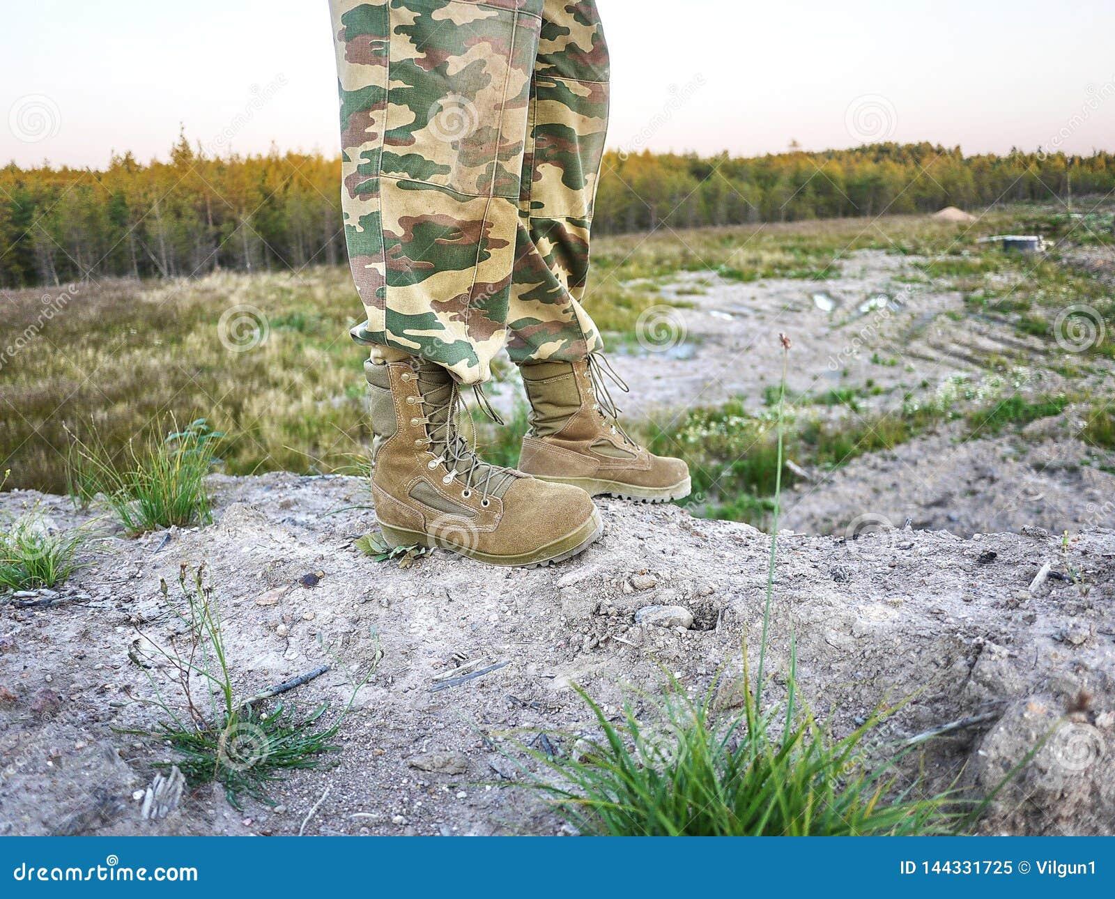 Militaire laarzen voor mensen Worden gebruikt voor materiaal en speciale strijdkrachten details