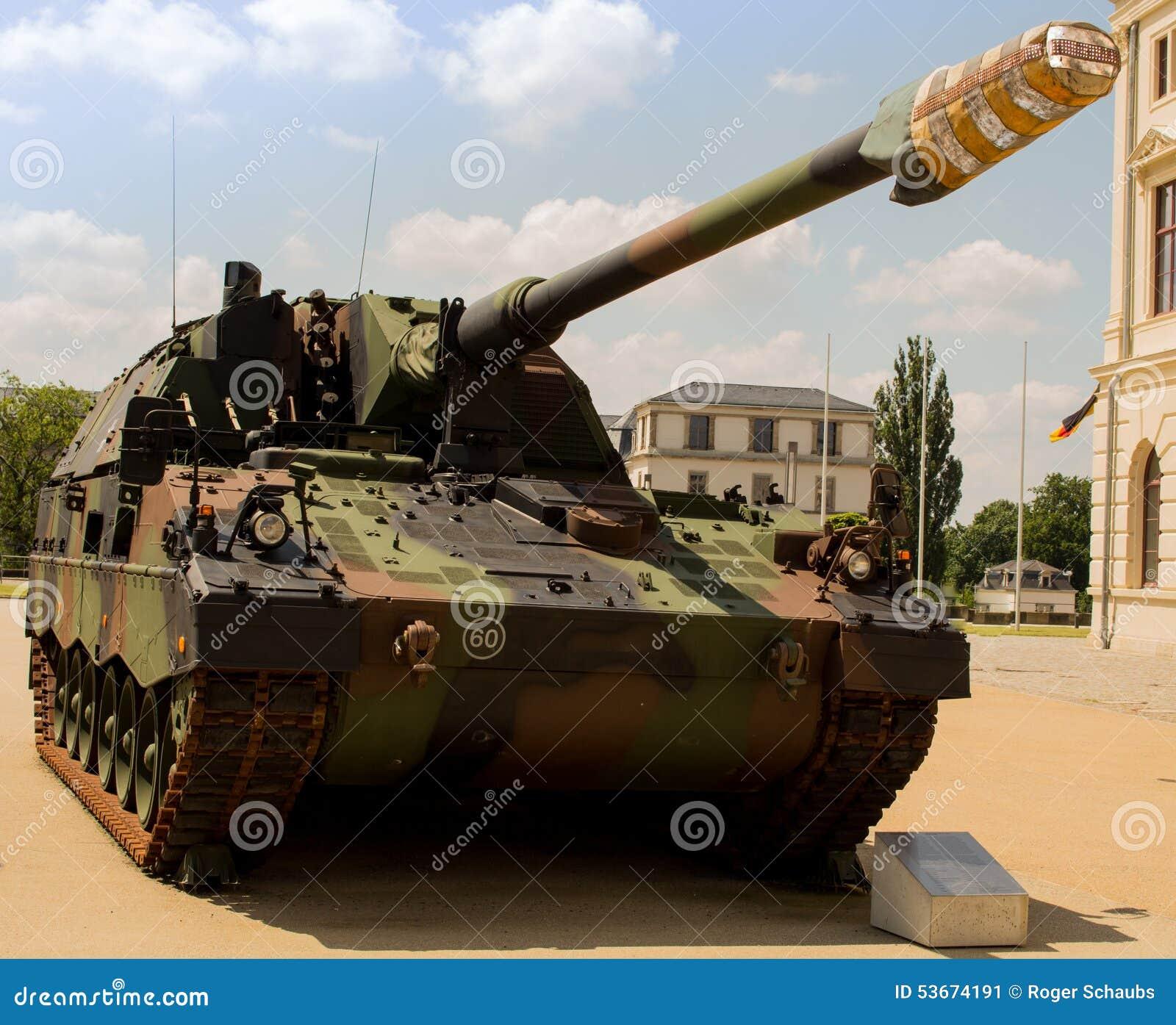 Militarna cysternowa niemiec opancerzająca - granatnik 2000