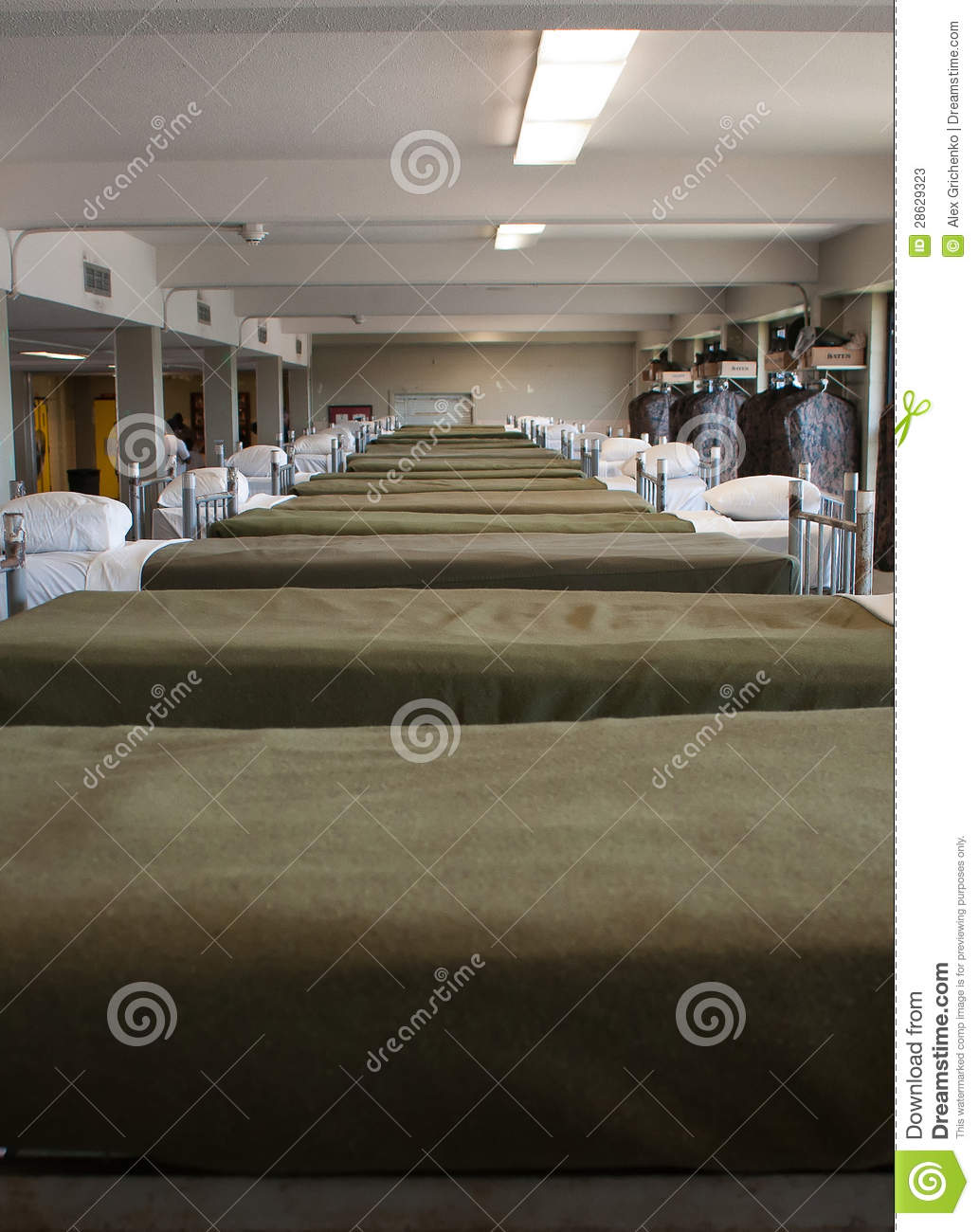 Military Bunk Beds Stock Image Image Of Corps Bunk