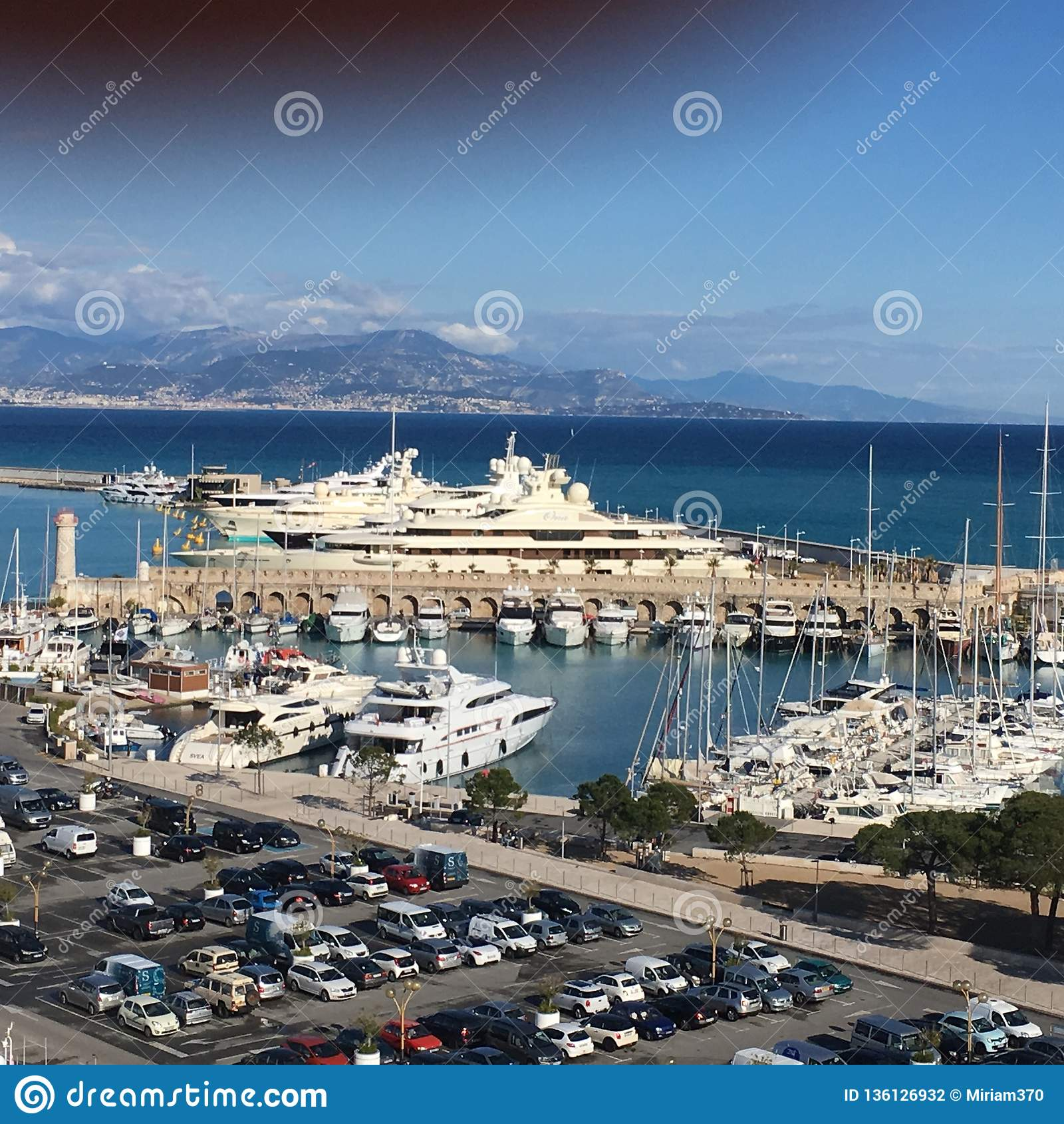 Miljonairsrij, Antibes, Frankrijk