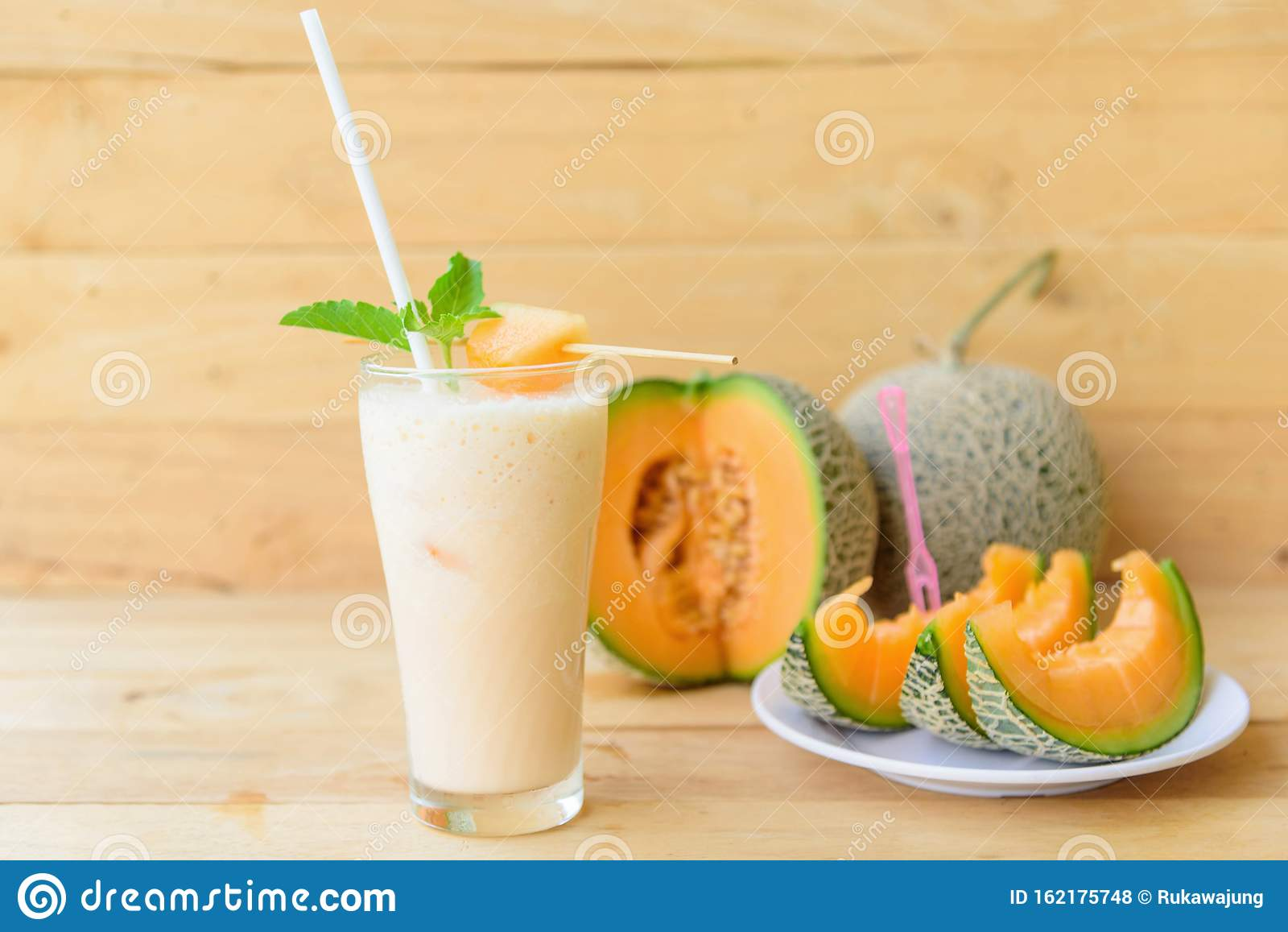 Milk Melon Smoothie In Glass Stock Photo Image Of Green Herb 162175748 Therefore, wash the whole fruit in cold running water thoroughly before consumption. dreamstime com