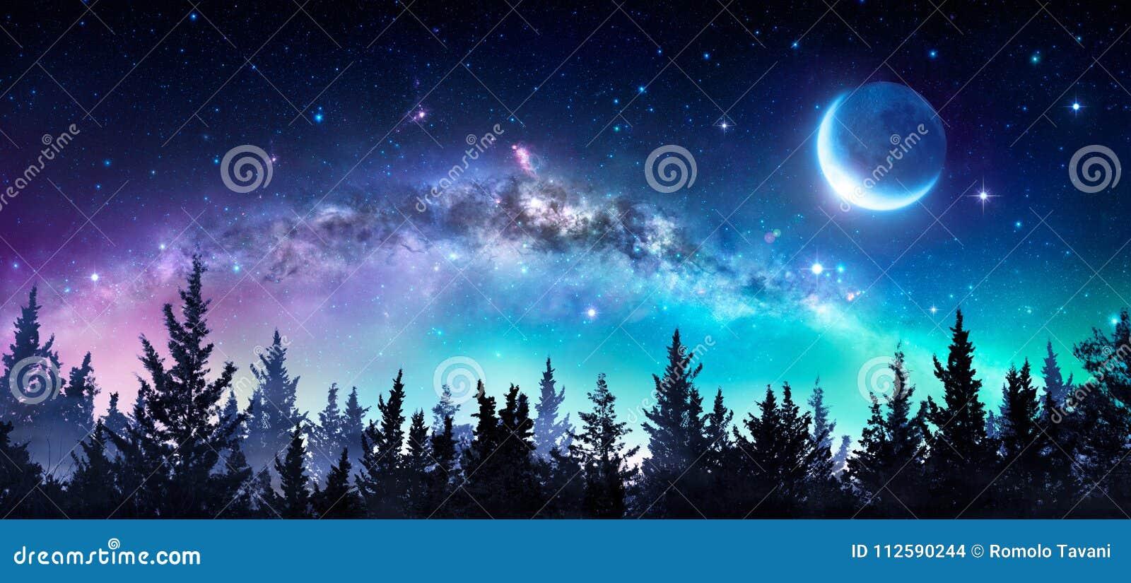 Milky sposób I księżyc