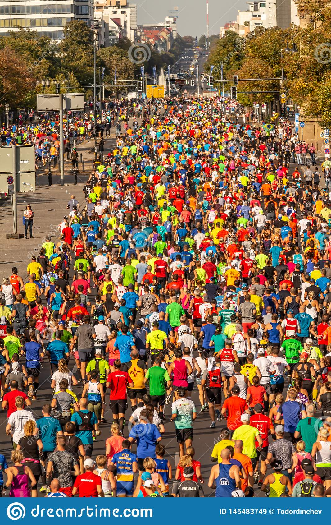 Millares de corredores que participan