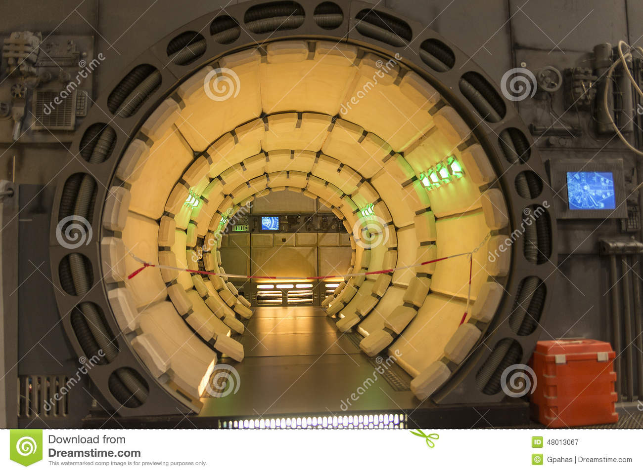 Millennium falcon interior editorial photography image for Interieur faucon millenium