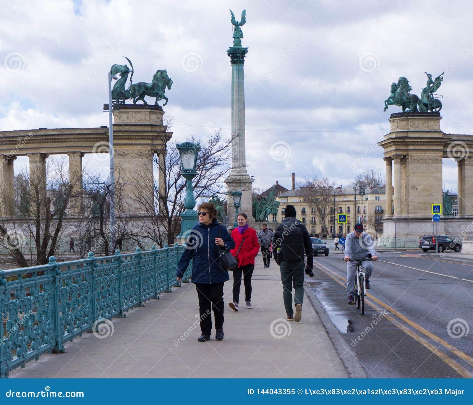 Millenniummonument op het Vierkant van de Helden in Boedapest, Hongarije