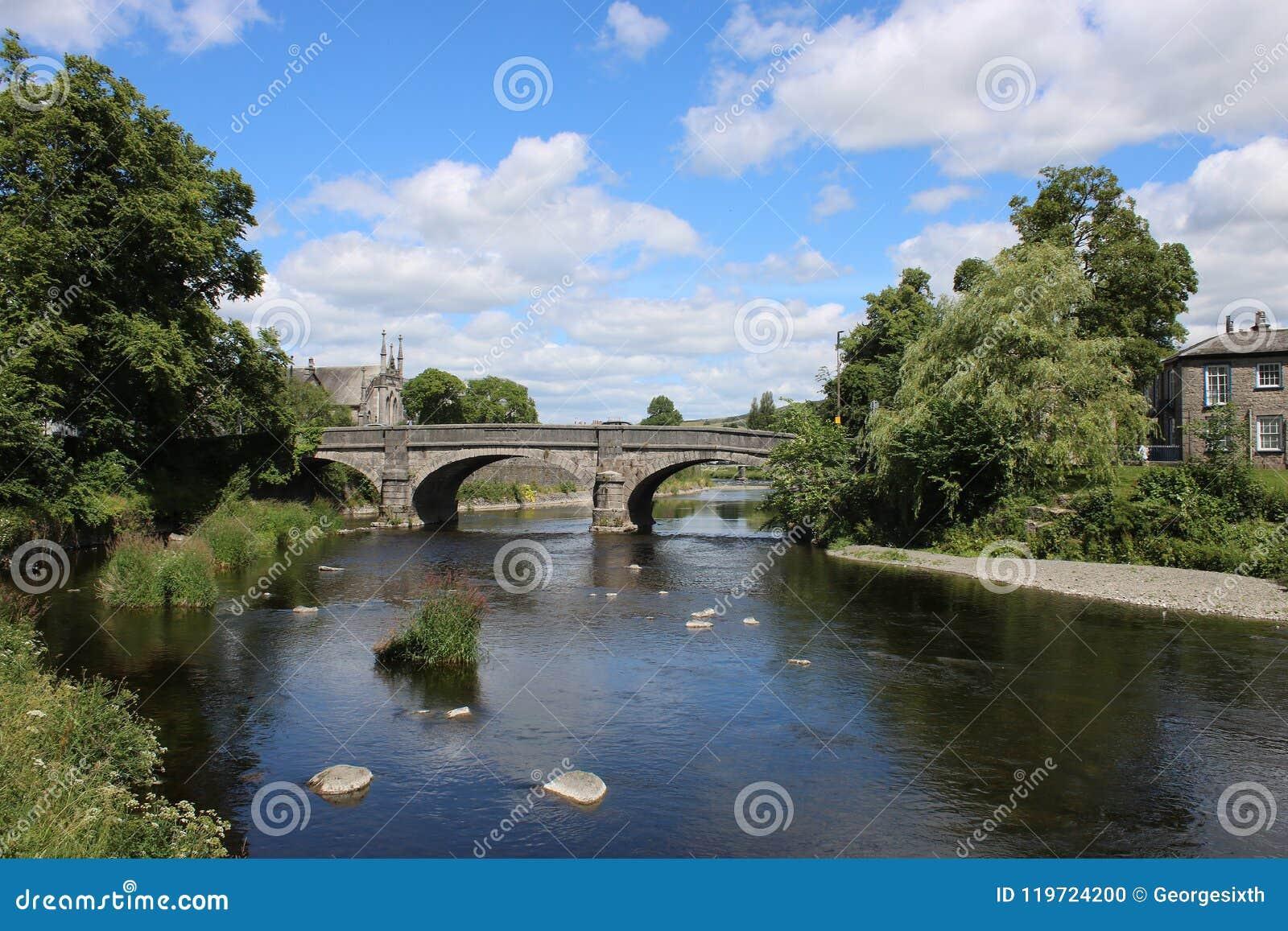 Miller-Brücke über Fluss Kent in Kendal, Cumbria