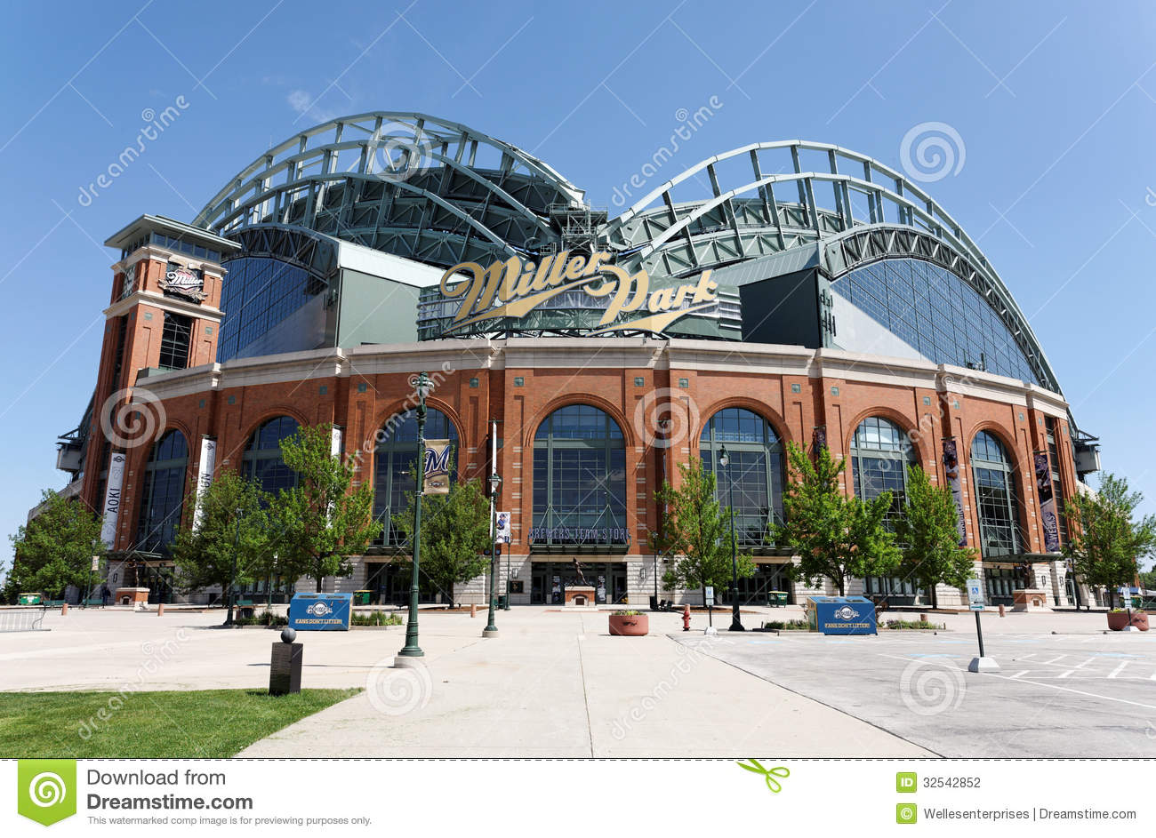 Miller Park Editorial Photography Image 32542852