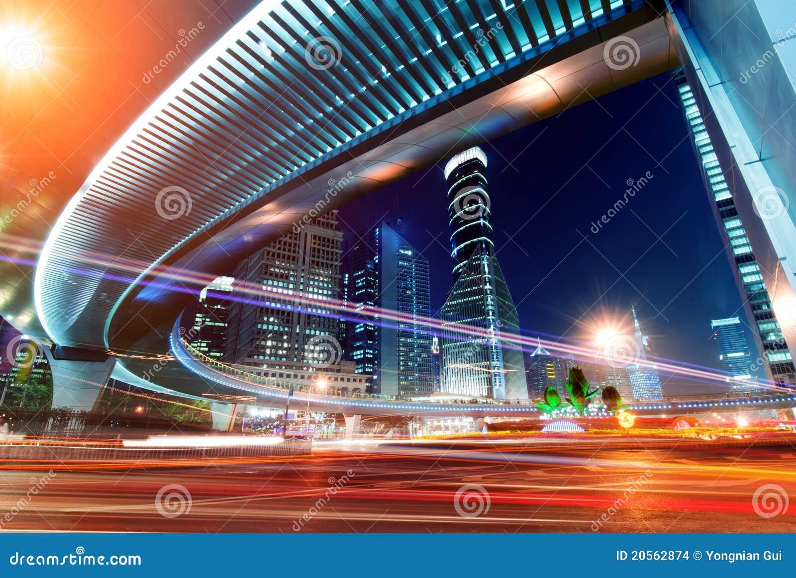 Millionenstadt-Datenbahn