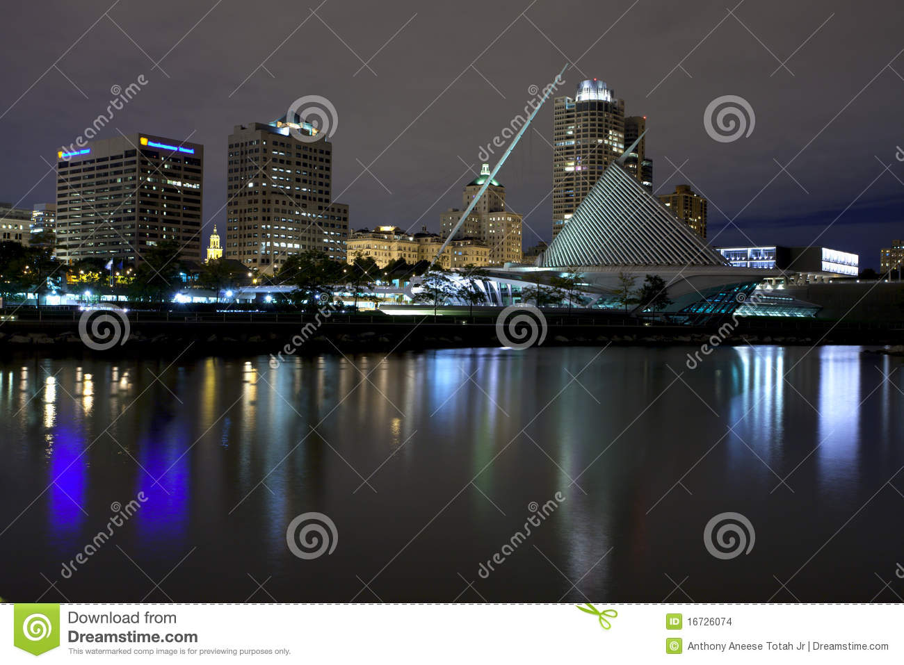 Milwaukee Wisconsin (Nacht)