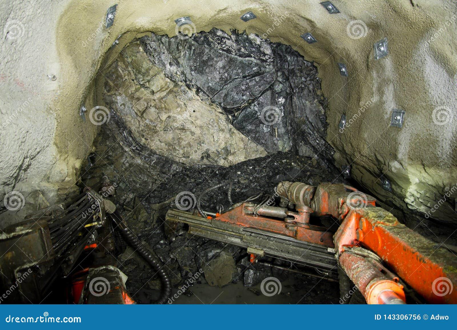 Minério da mina